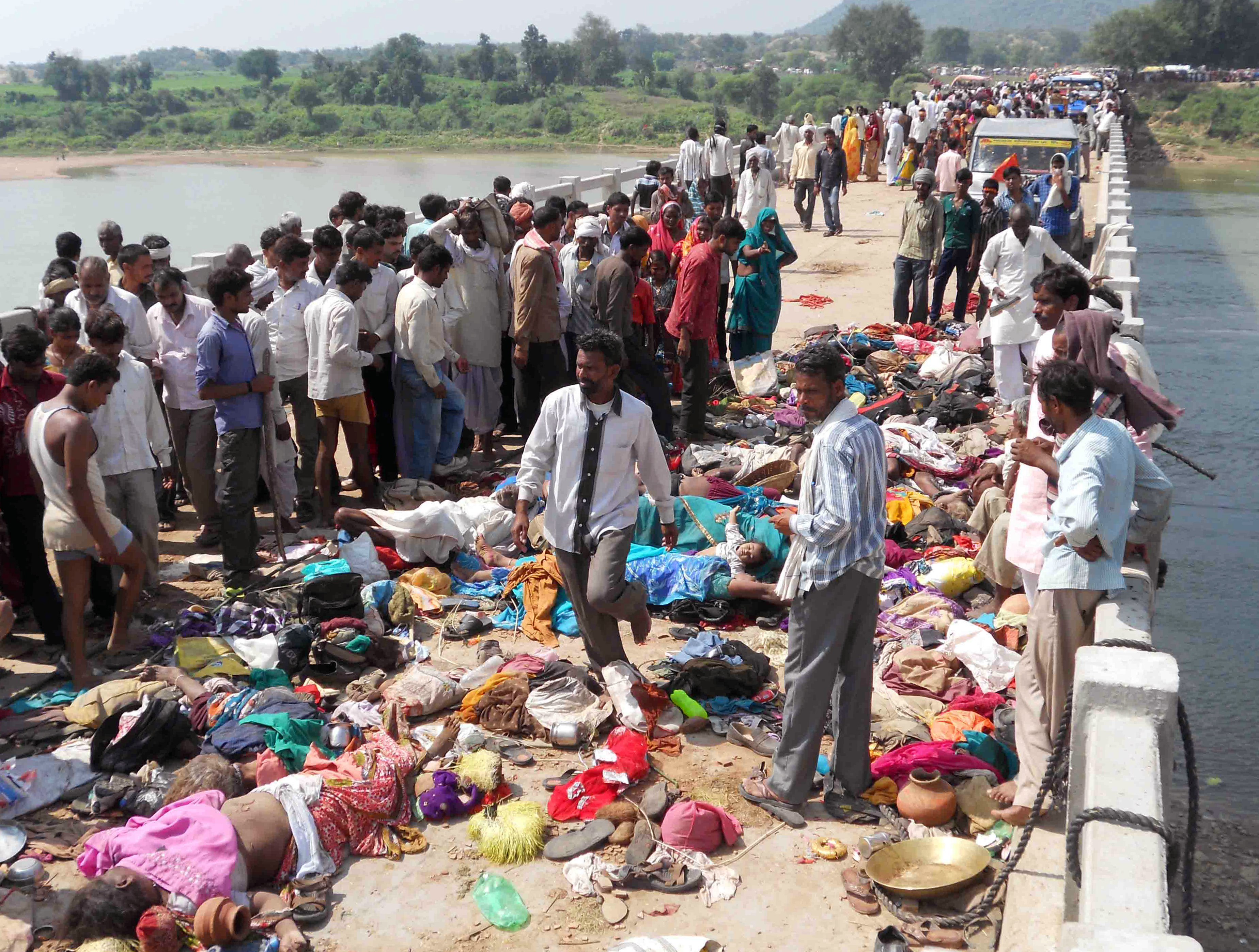 india hindu festival tragedy as 115 die in stampede sparked by a