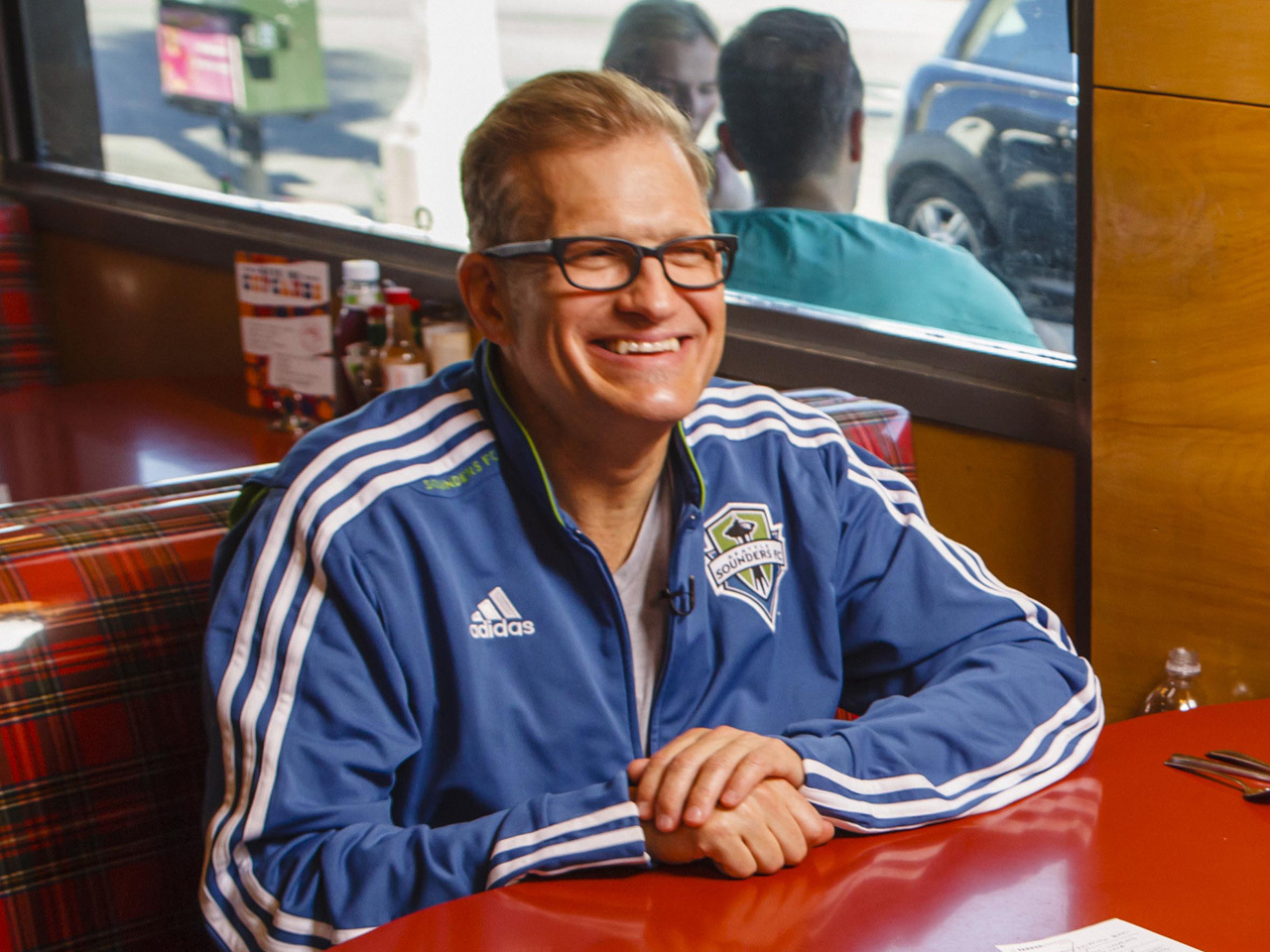drew carey is back in the game he knows best