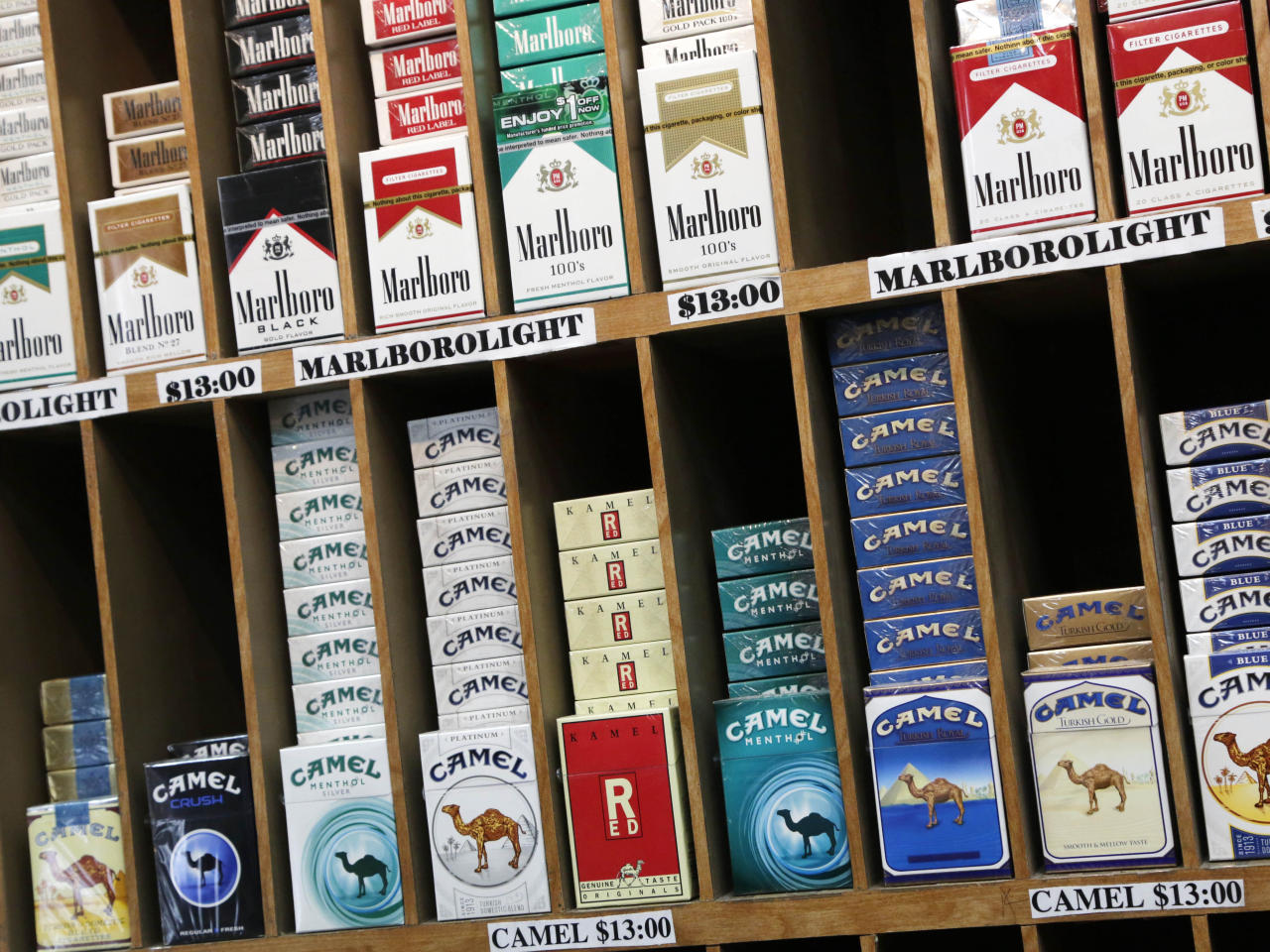 NYC raises smoking age to 21, sets cigarette pack minimum price at $10.50