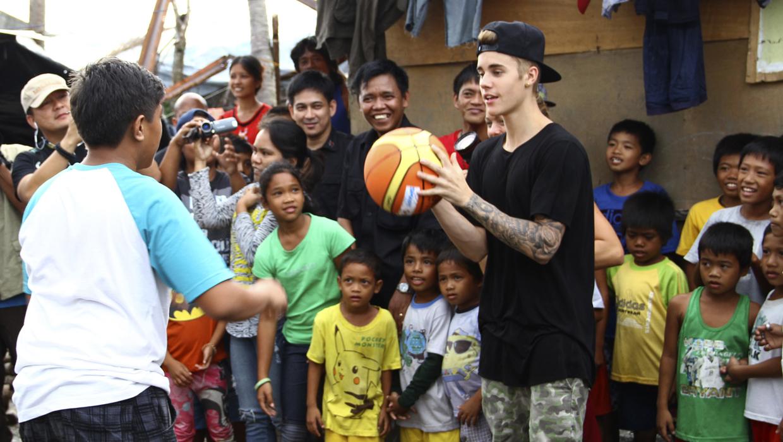 Justin Bieber Visits Typhoon Haiyan Victims In The
