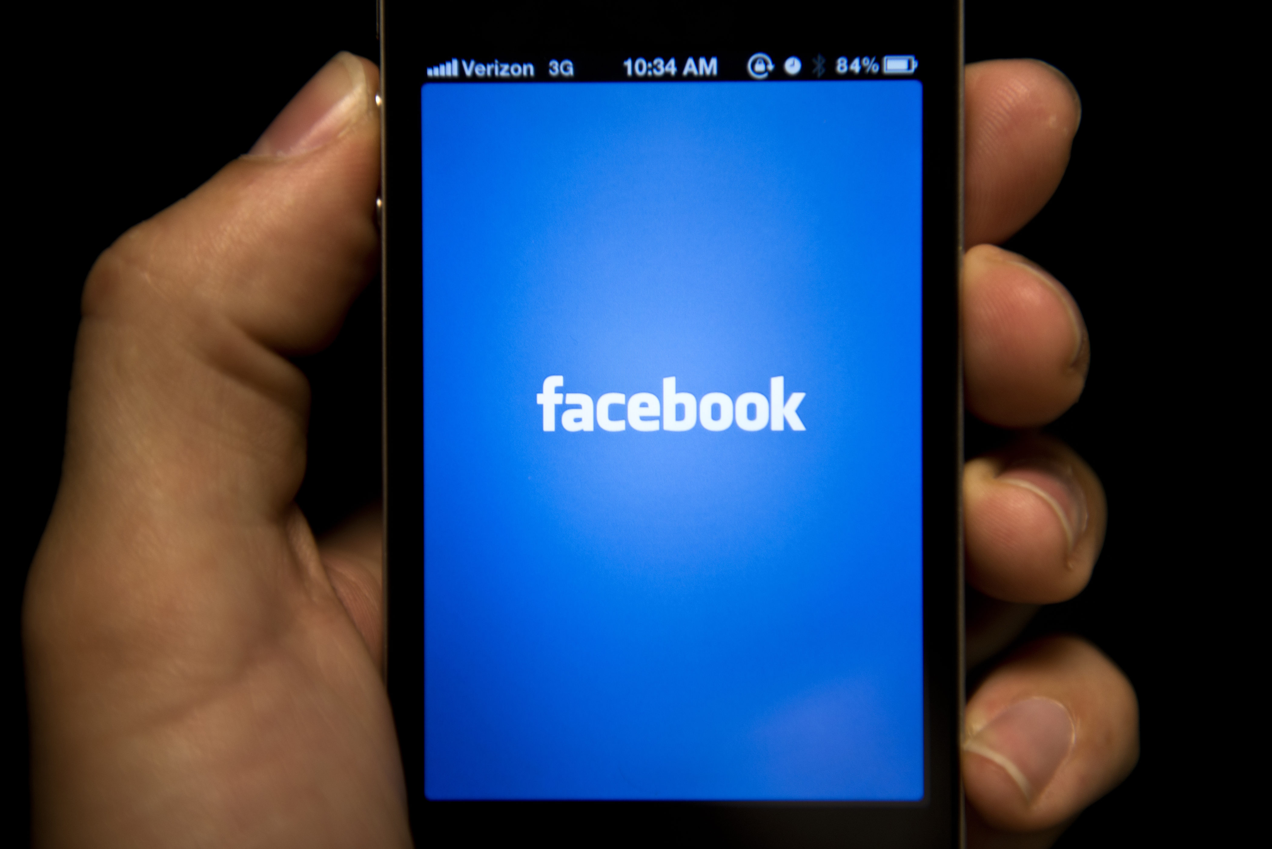 Facebook users: Beware of autoplay data charges - CBS News