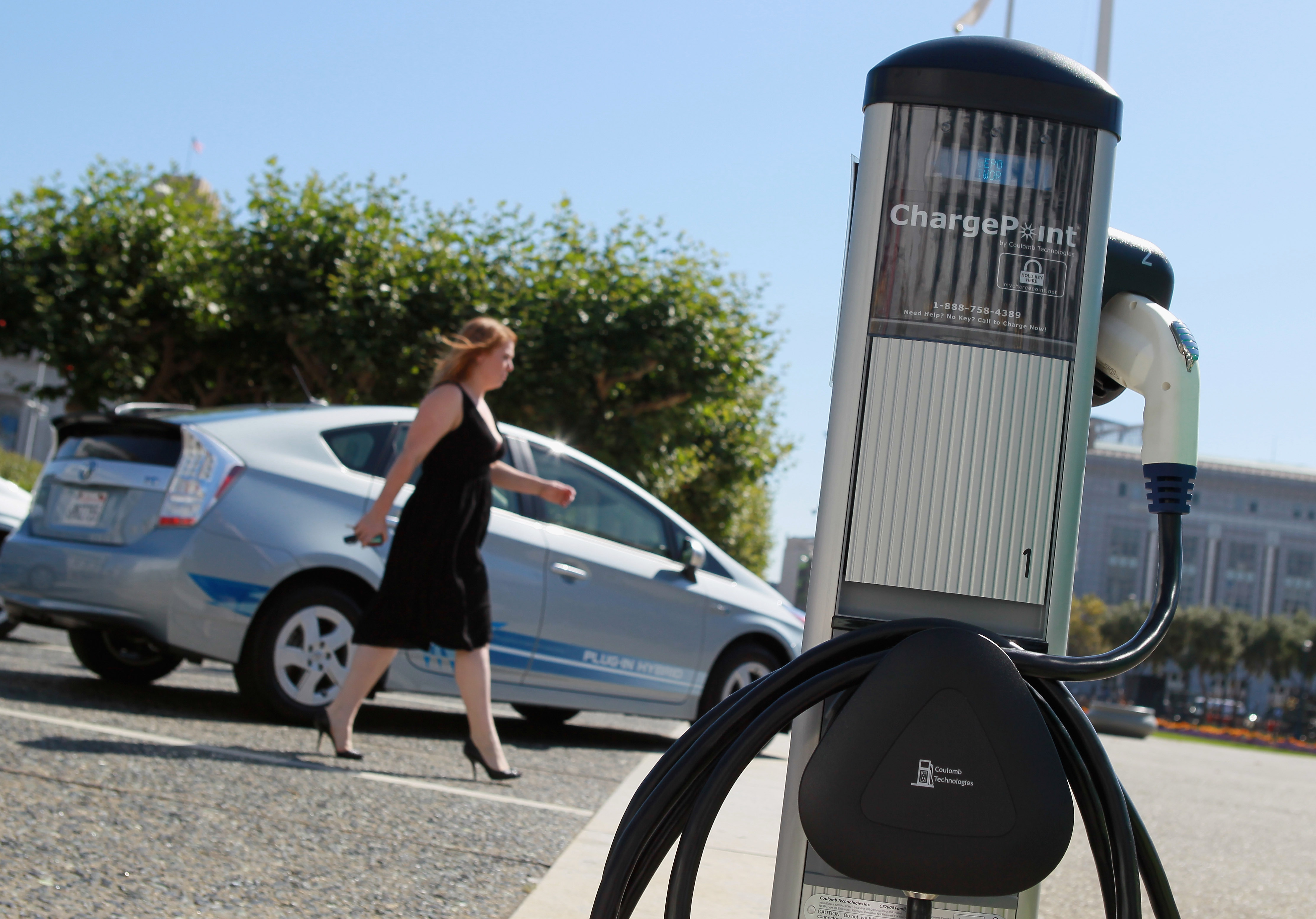 What Good Is An Electric Car If You Can T Charge It Cbs News
