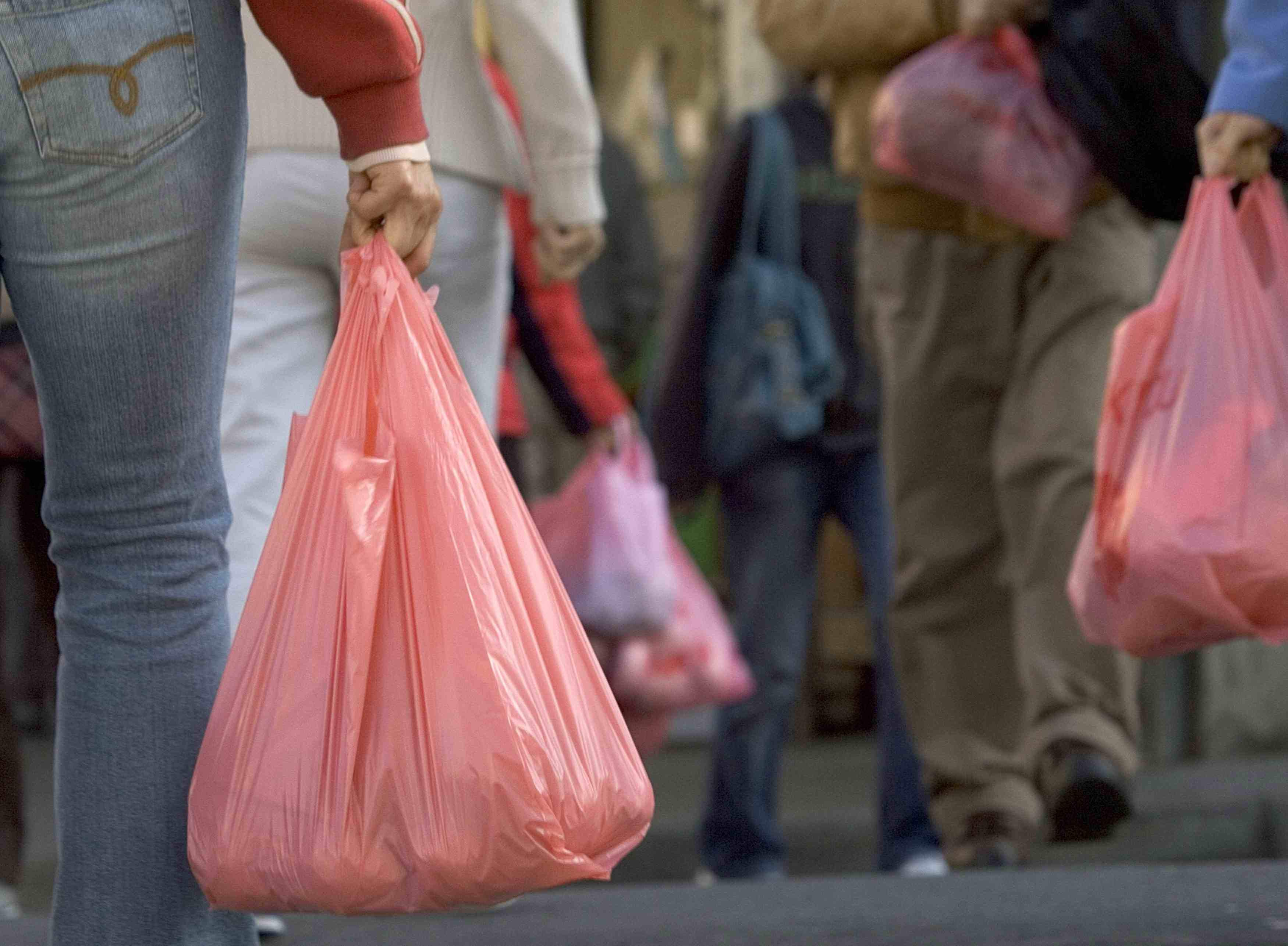 Should Plastic Shopping Bags Be Banned Cbs News