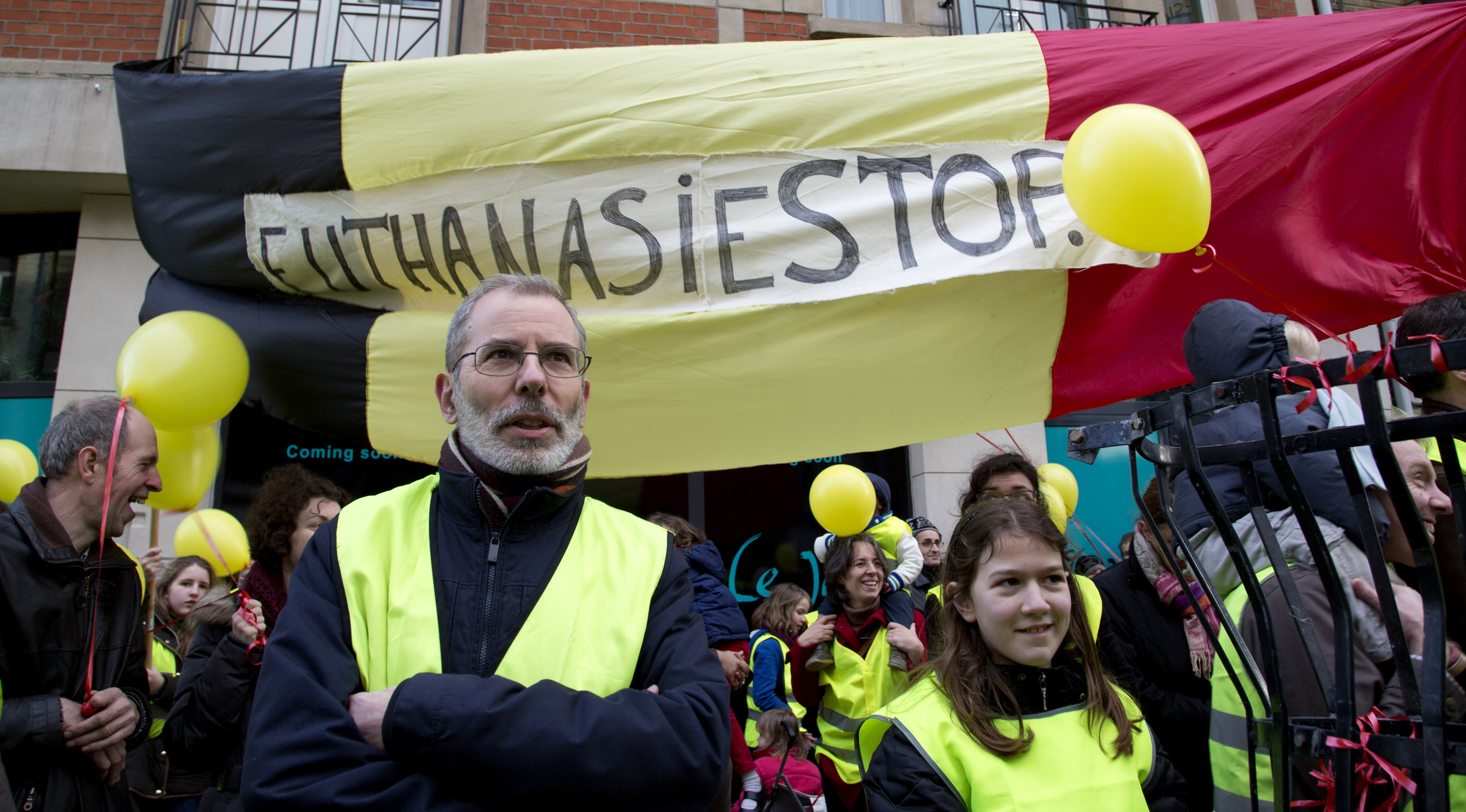 legalize euthanasia In april 2002, the netherlands became the first country to legalise euthanasia and assisted suicide it imposed a strict set of conditions: the patient must be suffering unbearable pain, their.