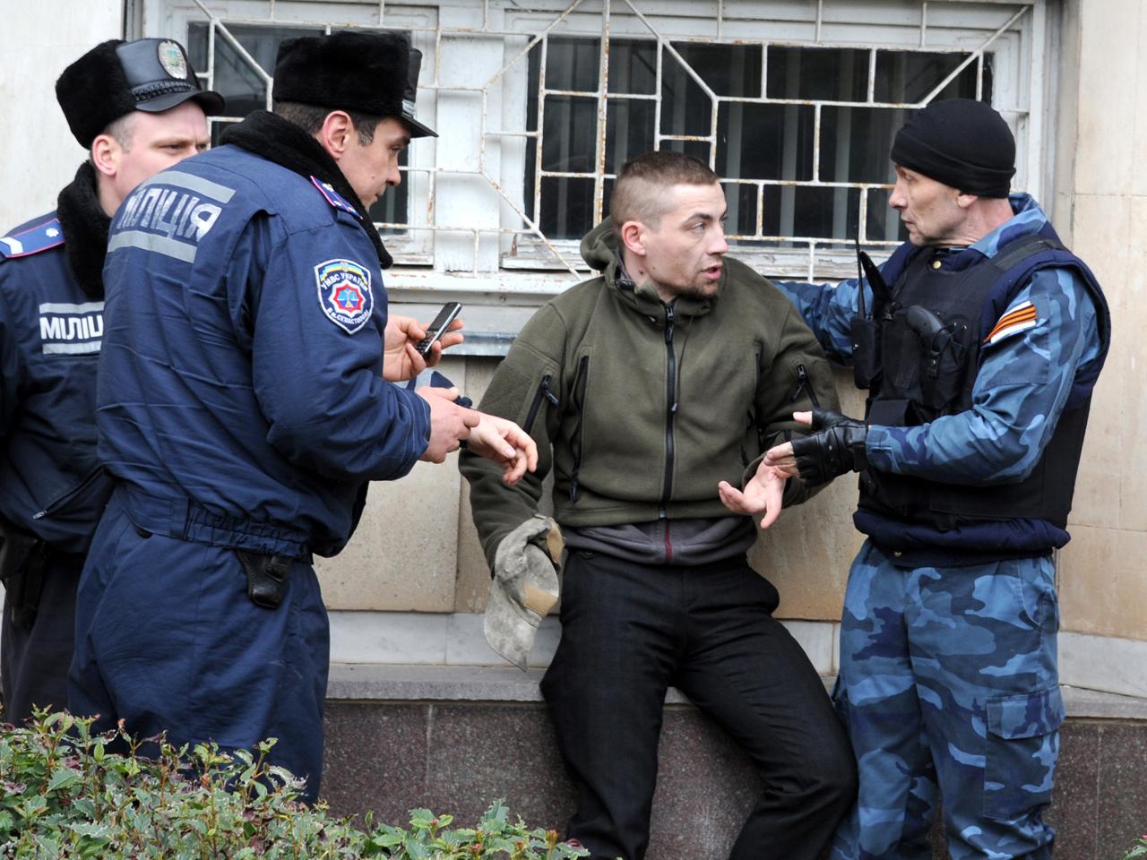Ukraine Crisis: Russia sends more troops, takes more ...