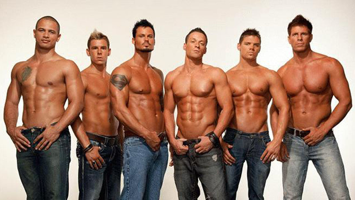 Australia S Quot Thunder From Down Under Quot All Male Revue