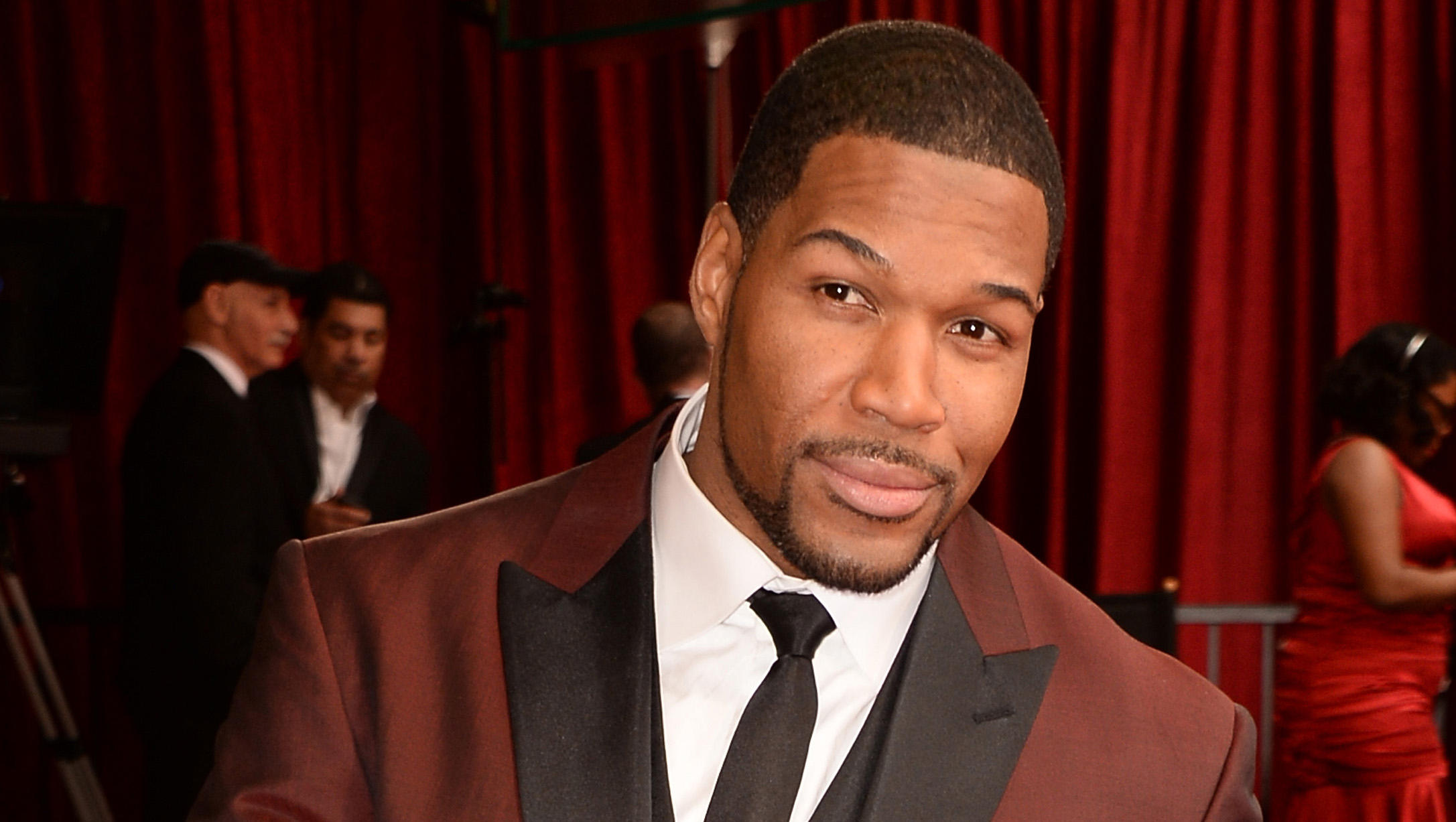 Michael Strahan Expected To Join Good Morning America Cbs News