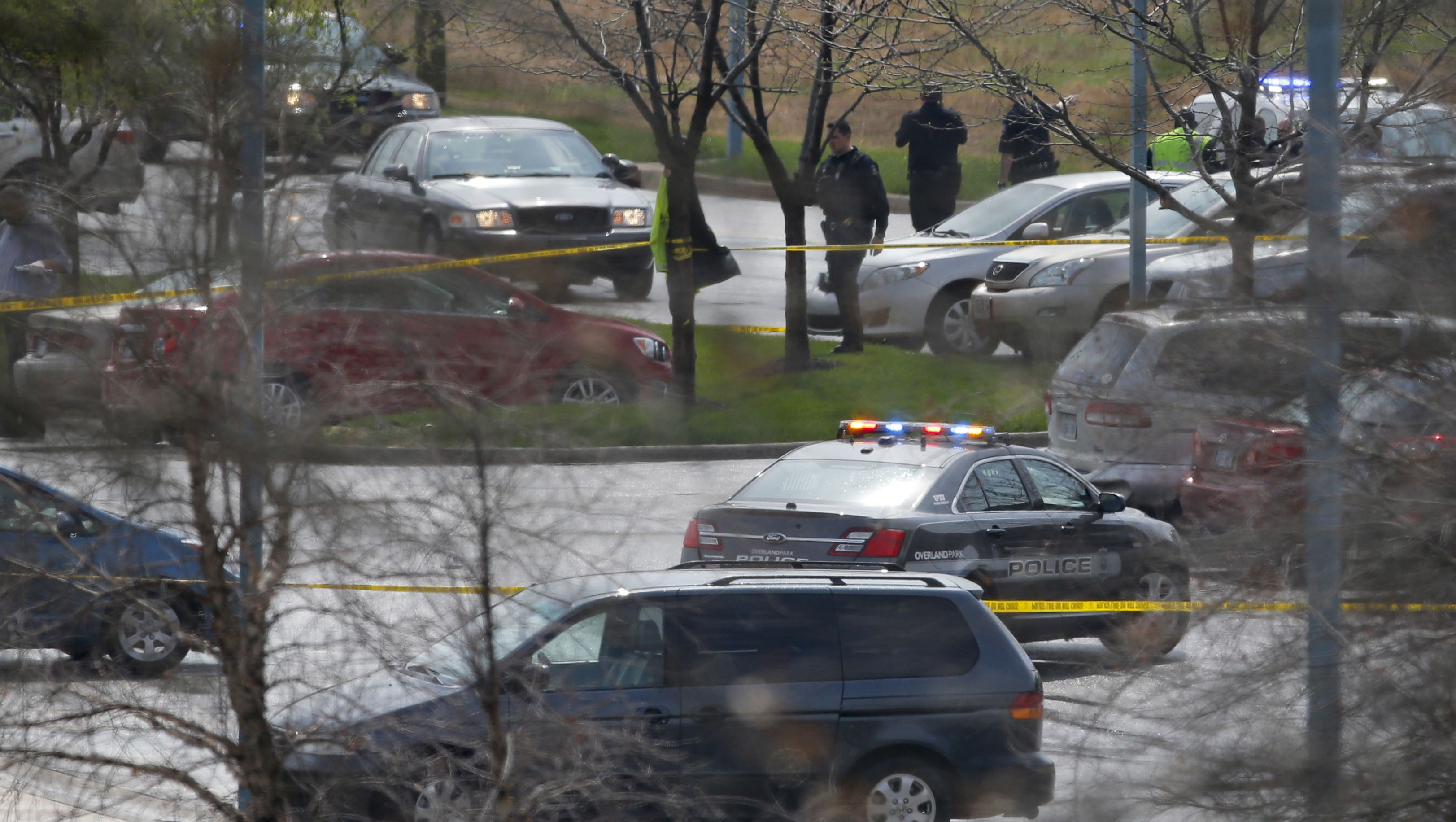 Three dead in shootings at Jewish facilities in Kansas City suburb