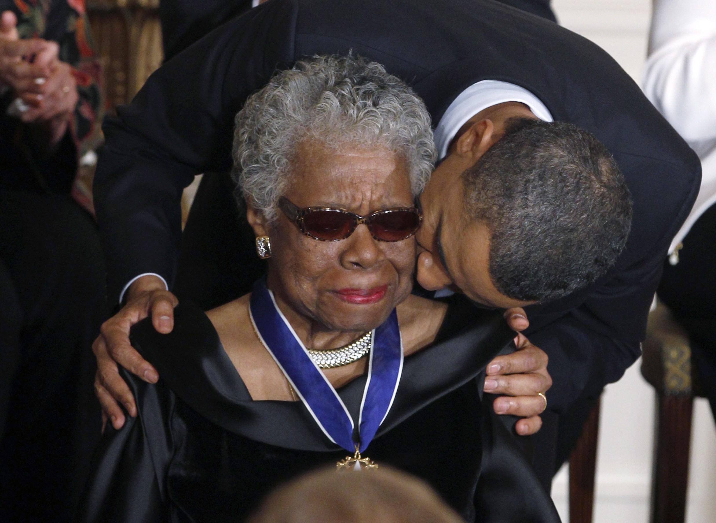 the up and down relationship between maya angelou and obama cbs news