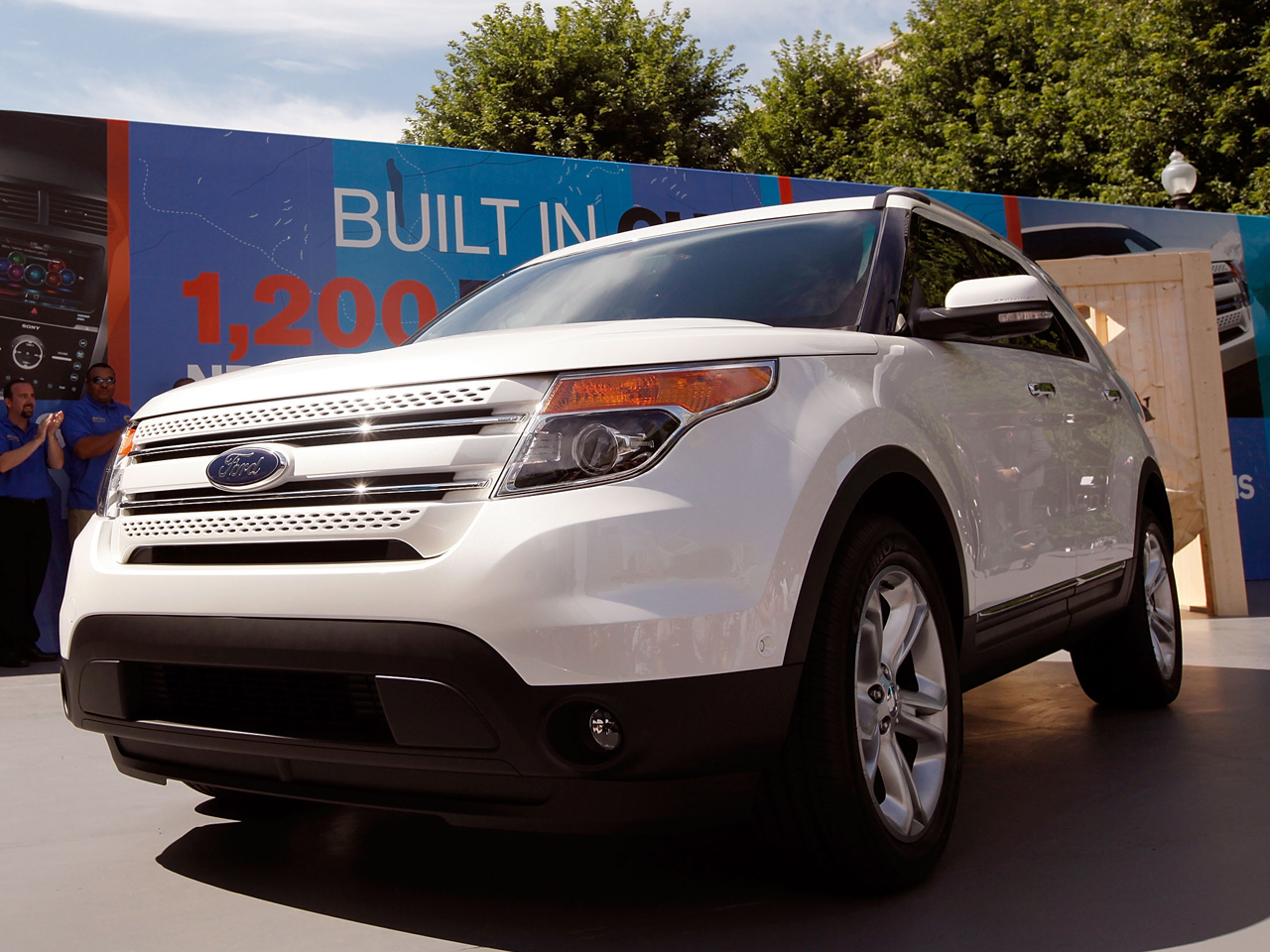 Ford Issues Recalls Affecting 1 3m Vehicles