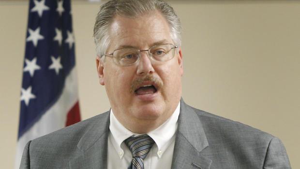 Ex-DA Ken Kratz's law license suspended in sexting scandal