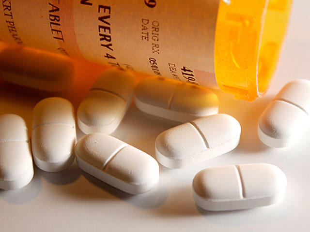 FDA warns mixing opioid painkillers like oxycodone with