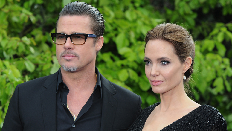 Brad Pitt And Angelina Jolie Wedding Photos Revealed Cbs News