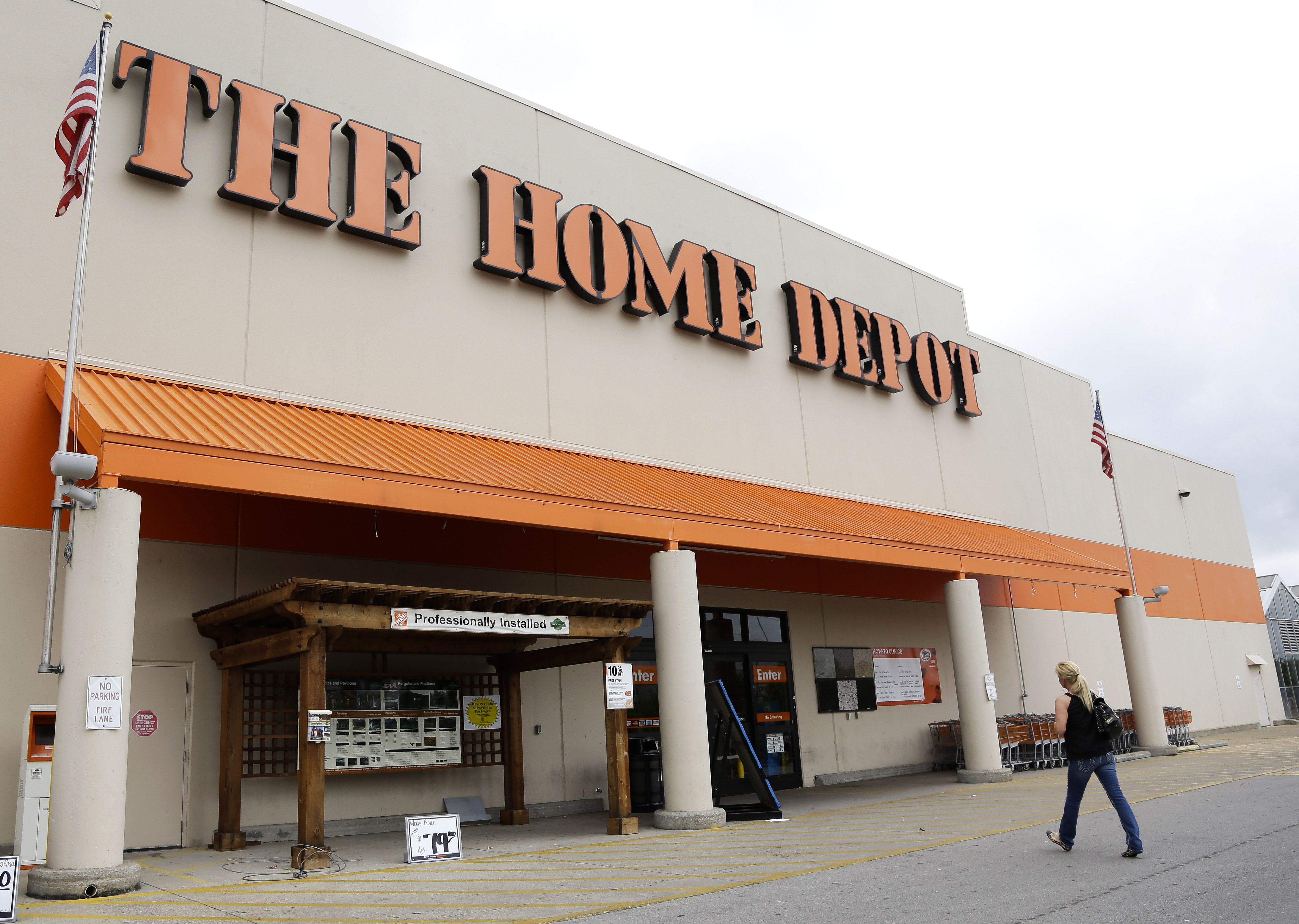 7 Popular Siding Materials To Consider: Home Depot Phasing Out Toxic Vinyl Flooring