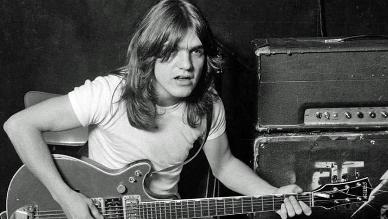 malcolm young ac dc guitarist and co founder dead at 64 cbs news. Black Bedroom Furniture Sets. Home Design Ideas