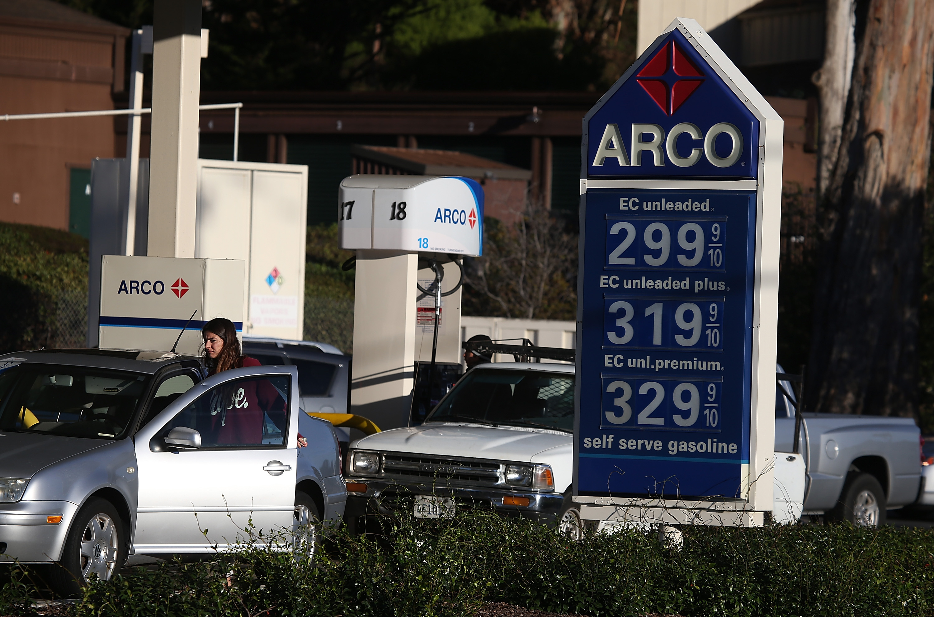 Arco Gas Prices >> Milk S Beef With Gas Prices Cbs News