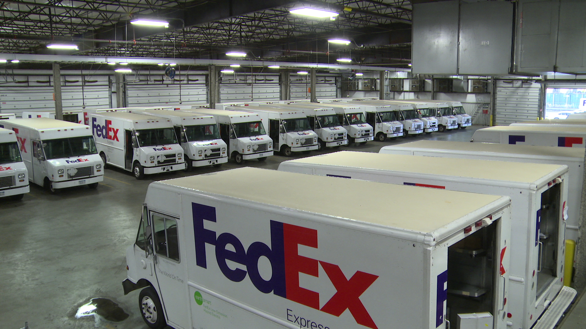 FedEx, UPS, postal service taking steps to avoid holiday