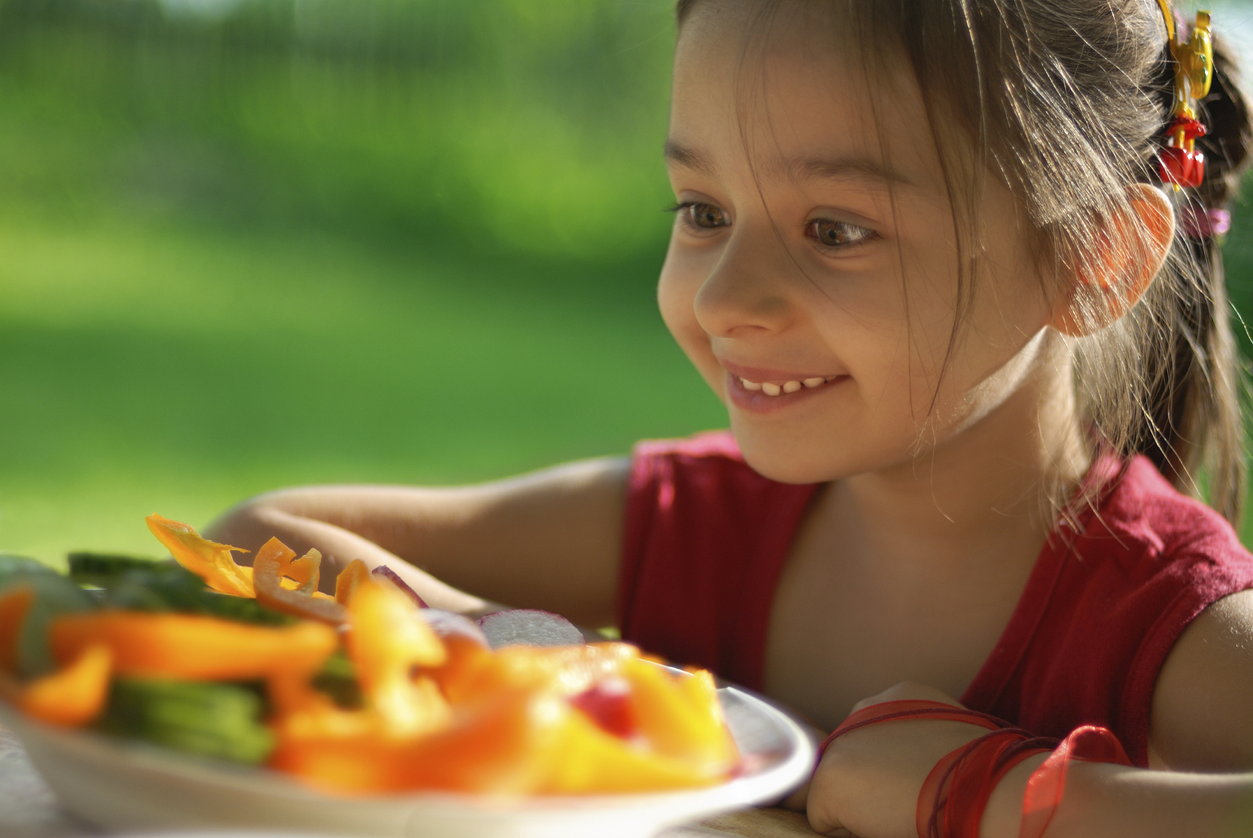 Teaching kids to cook may make them eat healthier - CBS News