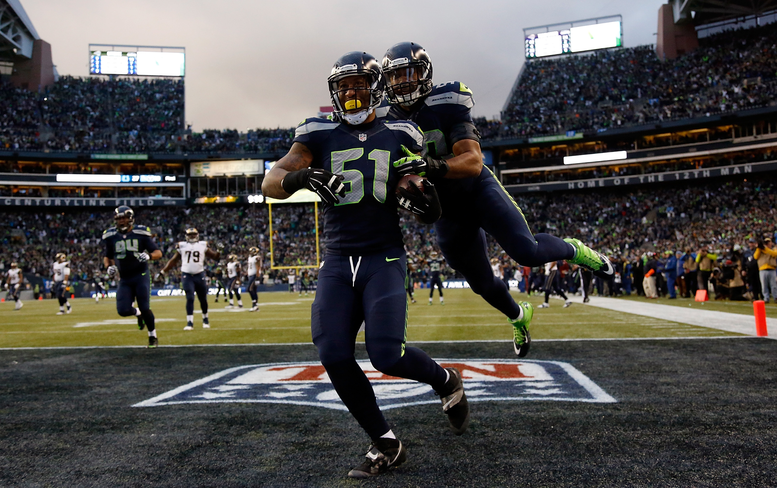 59d80d8b Seattle Seahawks clinch No. 1 seed; Carolina Panthers take NFC South ...
