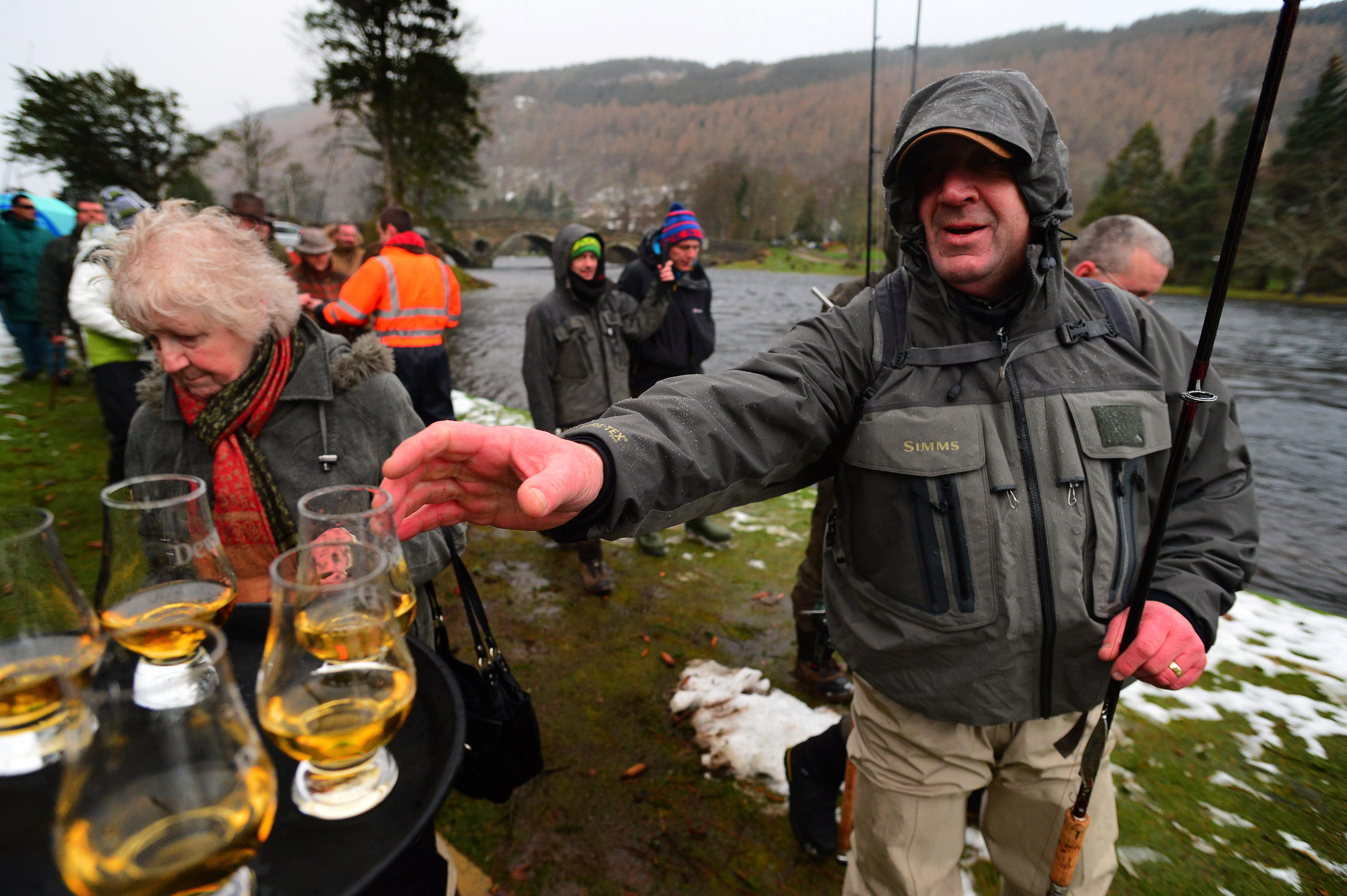 Salmon season opens in fabled scottish waters fishing for Salmon fishing season