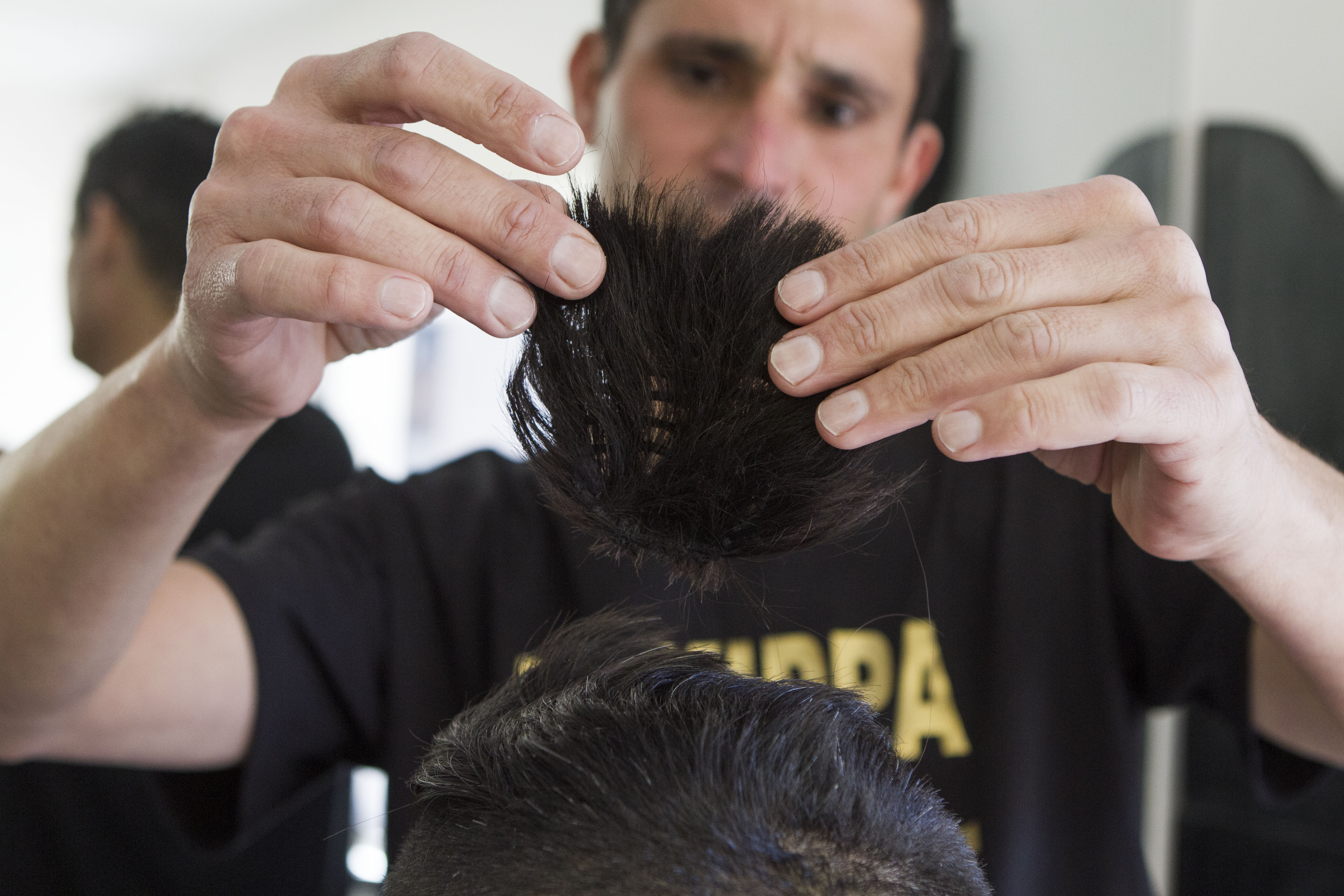 Israel Barber Creates Quot Magic Quot Yarmulke Out Of Human Hair