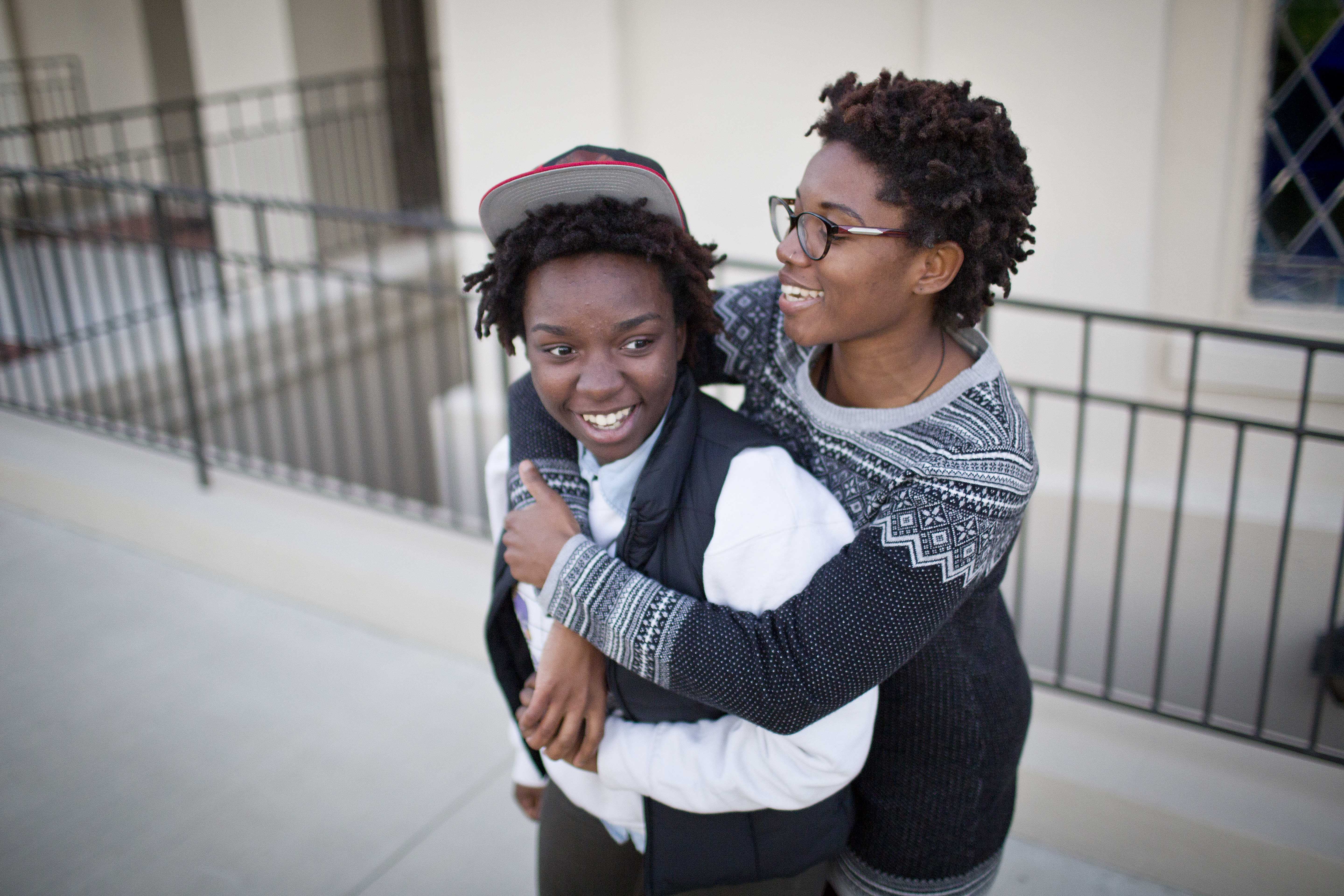 After court ruling, Alabama seeks to stall same-sex marriages