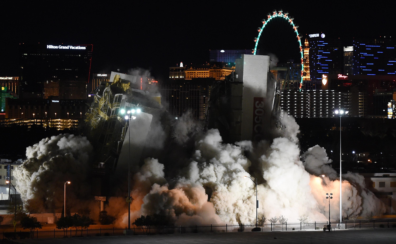 Casino implosion las vegas twin river casino review