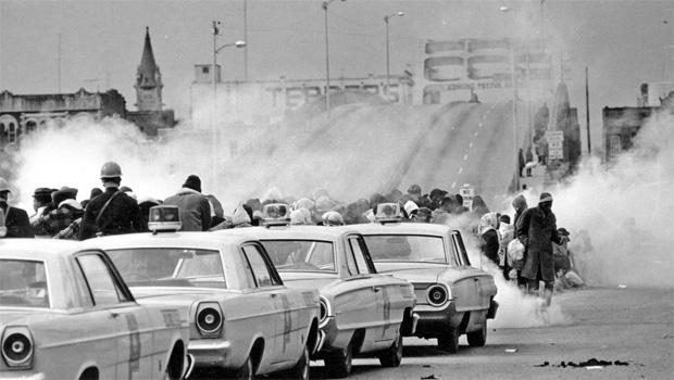 selma-civil-rights-march-620-bridge.jpg