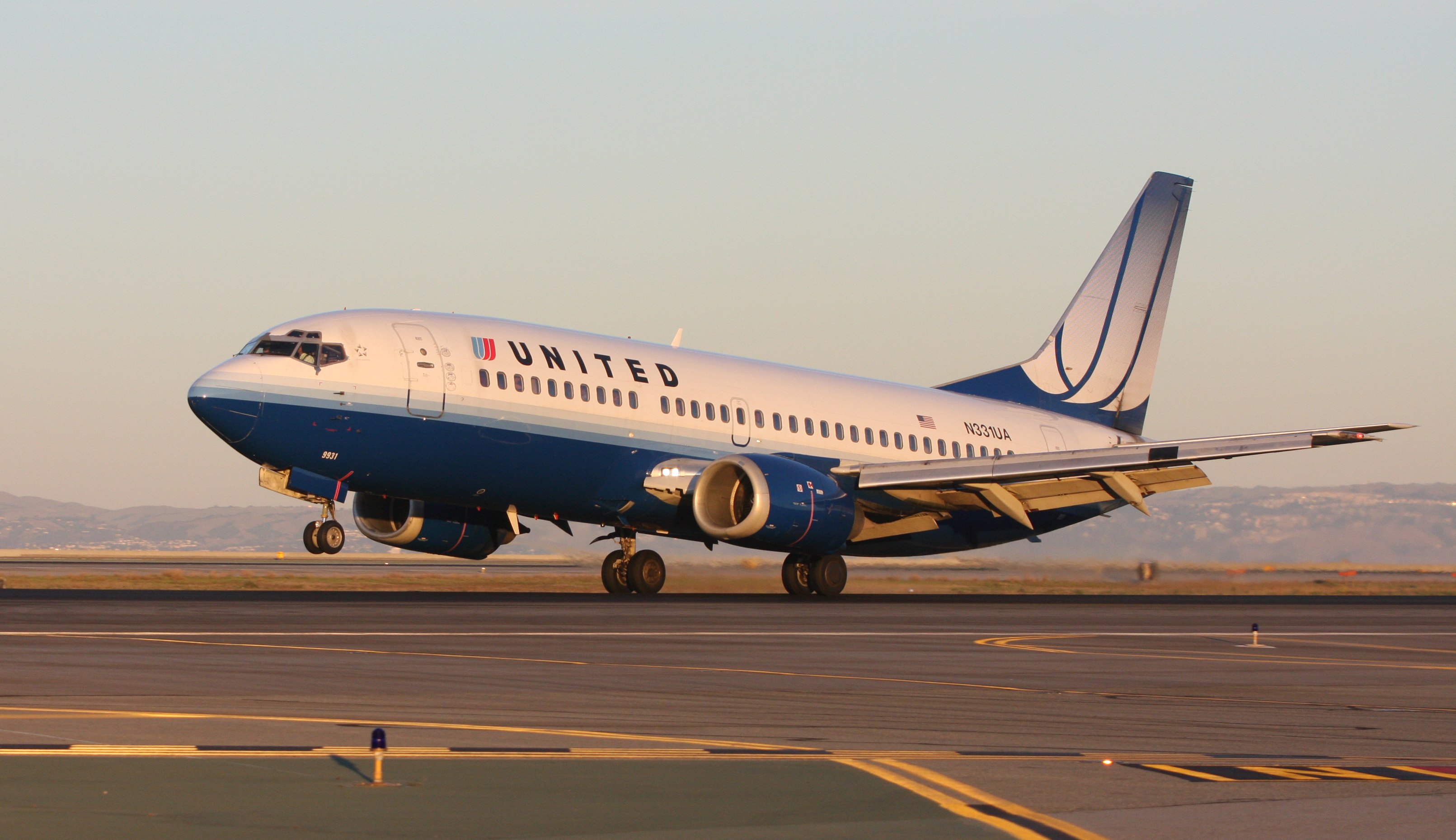 NYC-bound flight from Cairo diverted after threat - CBS News