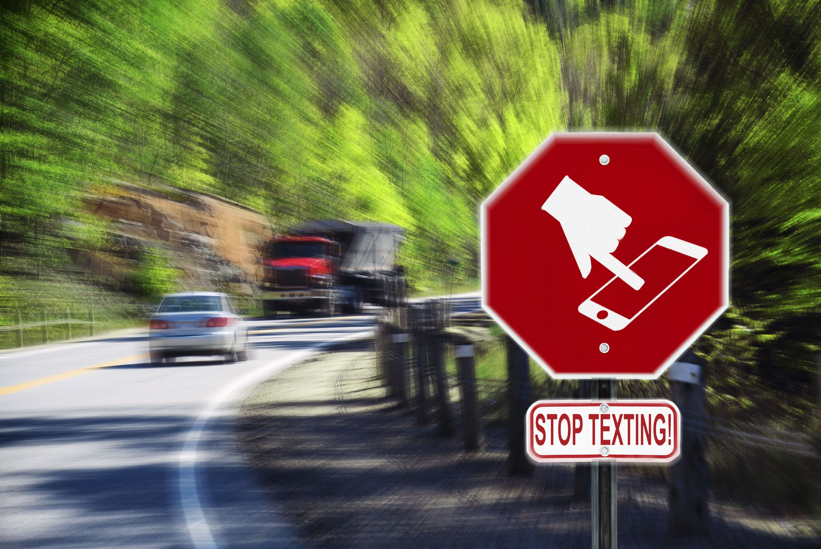 Texting While Driving >> Texting while driving: Does banning it make a difference? - CBS News
