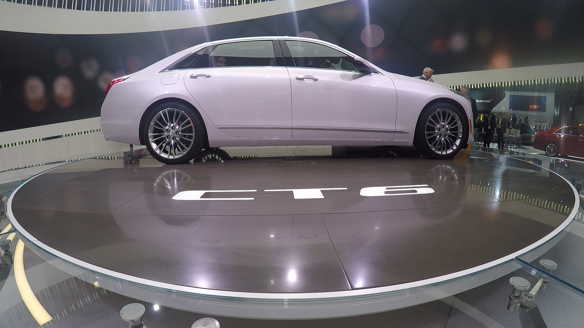 New York Auto Show 2015 Cadillac Lincoln Luxury Cars Unveiled
