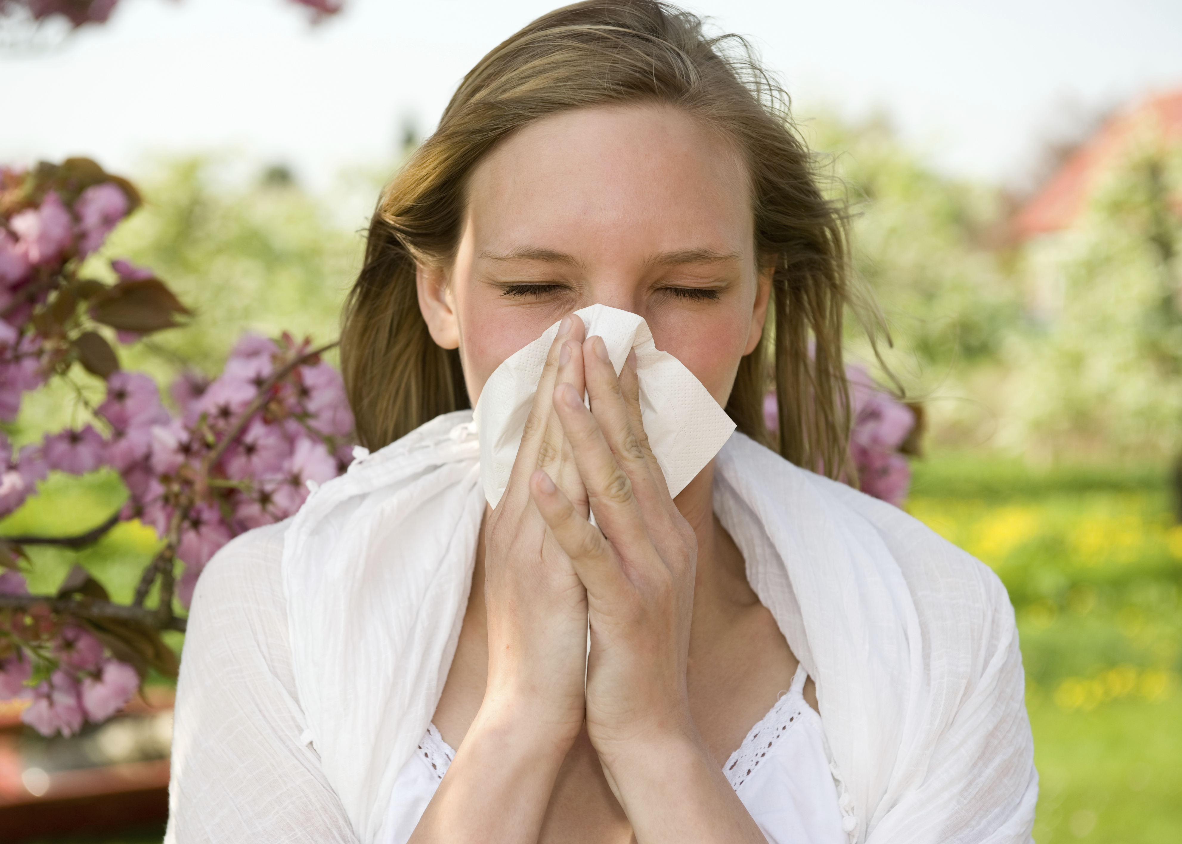 Are spring allergies coming on early this year? - CBS News