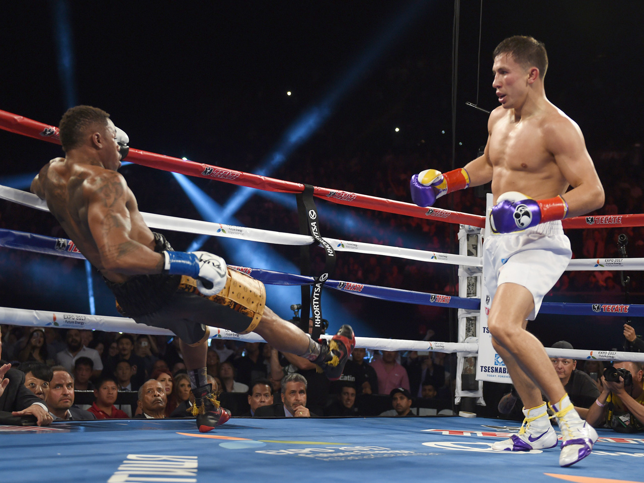 Middleweight champ Golovkin gets 20th straight knockout