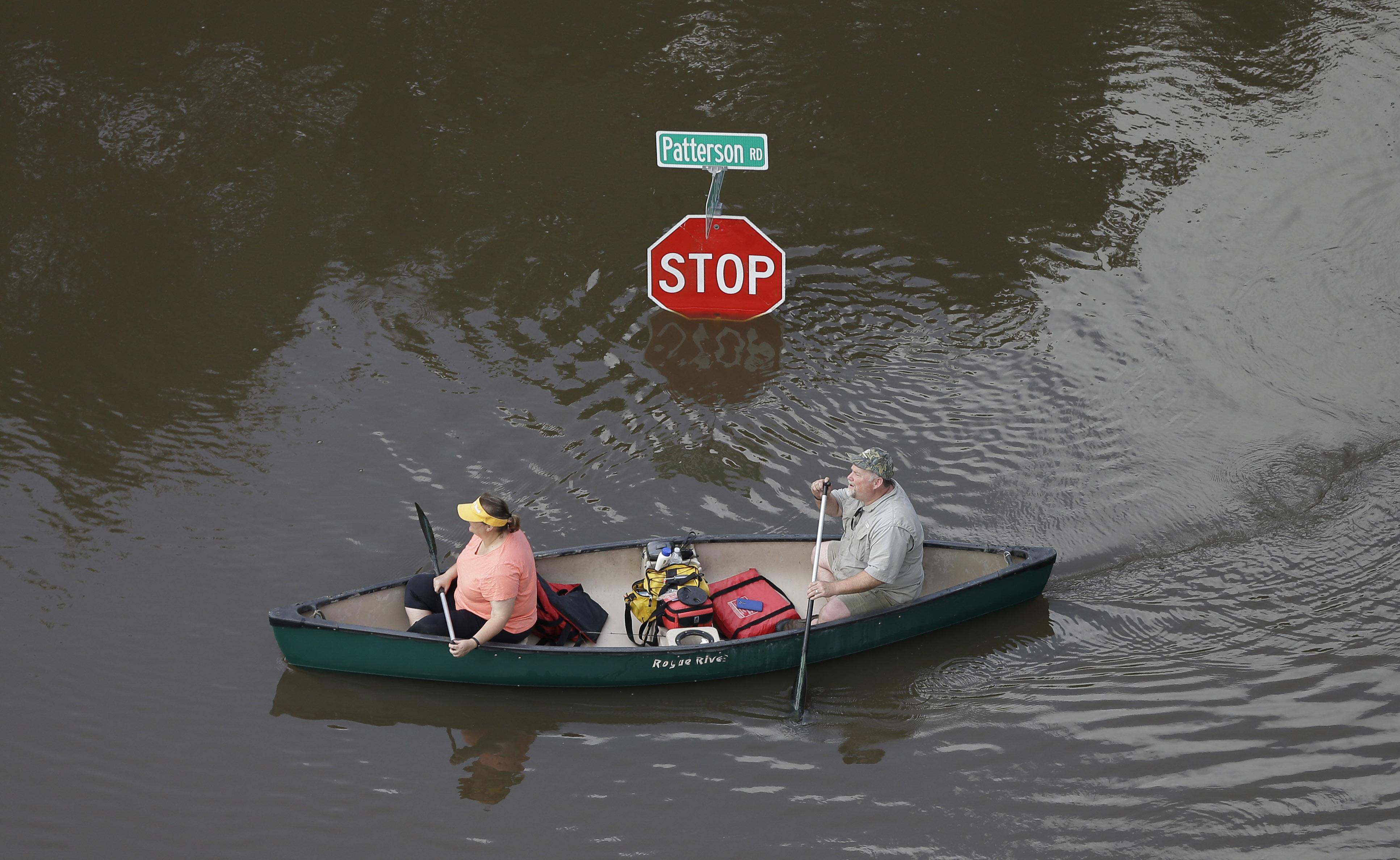 Texas floods  Brazos River  Heavy Texas rains bring flooding
