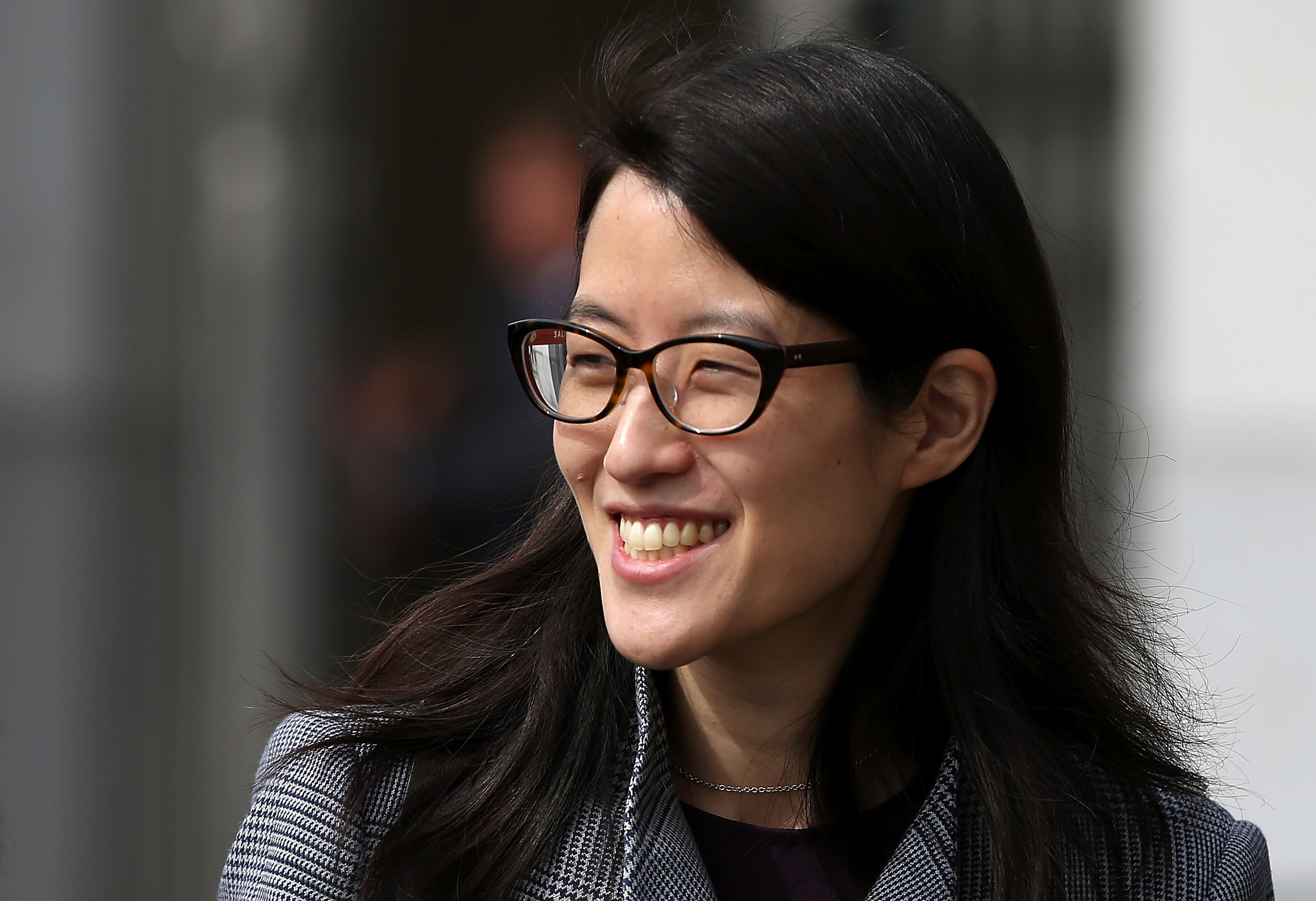Reddit users revolt, calling for CEO Ellen Pao's removal - CBS News