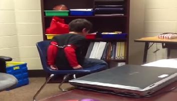Disturbing Video Kentucky Cop Handcuffs >> Kentucky Officer Handcuffed Mentally Disabled Kids As Punishment