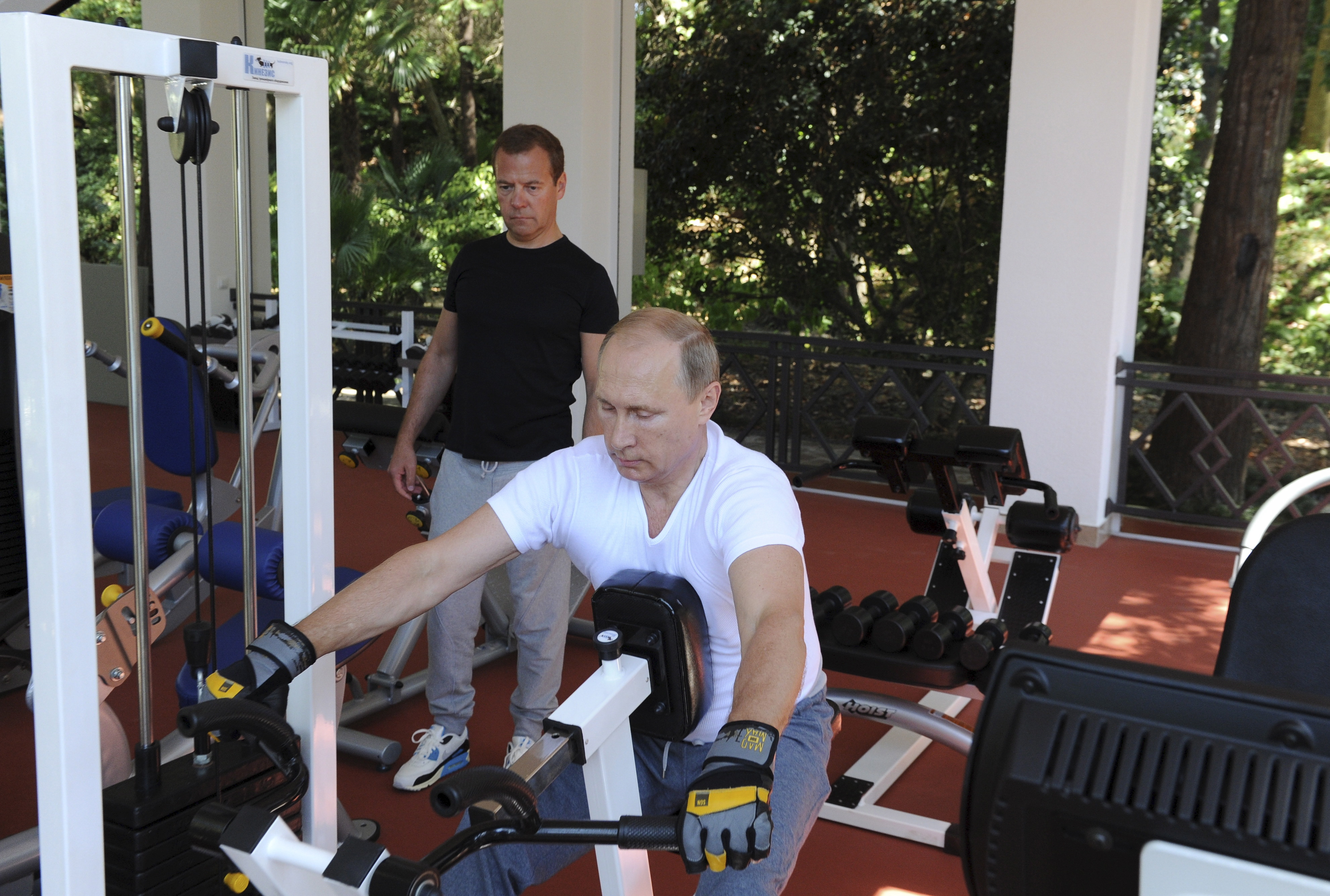 putin doing manly things vladimir putin doing manly things pictures cbs news. Black Bedroom Furniture Sets. Home Design Ideas