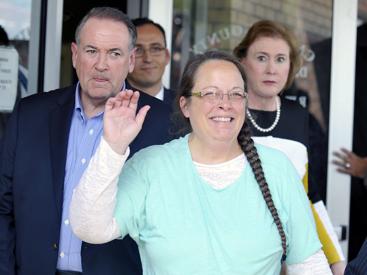 Amy Delucia kim davis, clerk who refused to issue gay marriage licenses