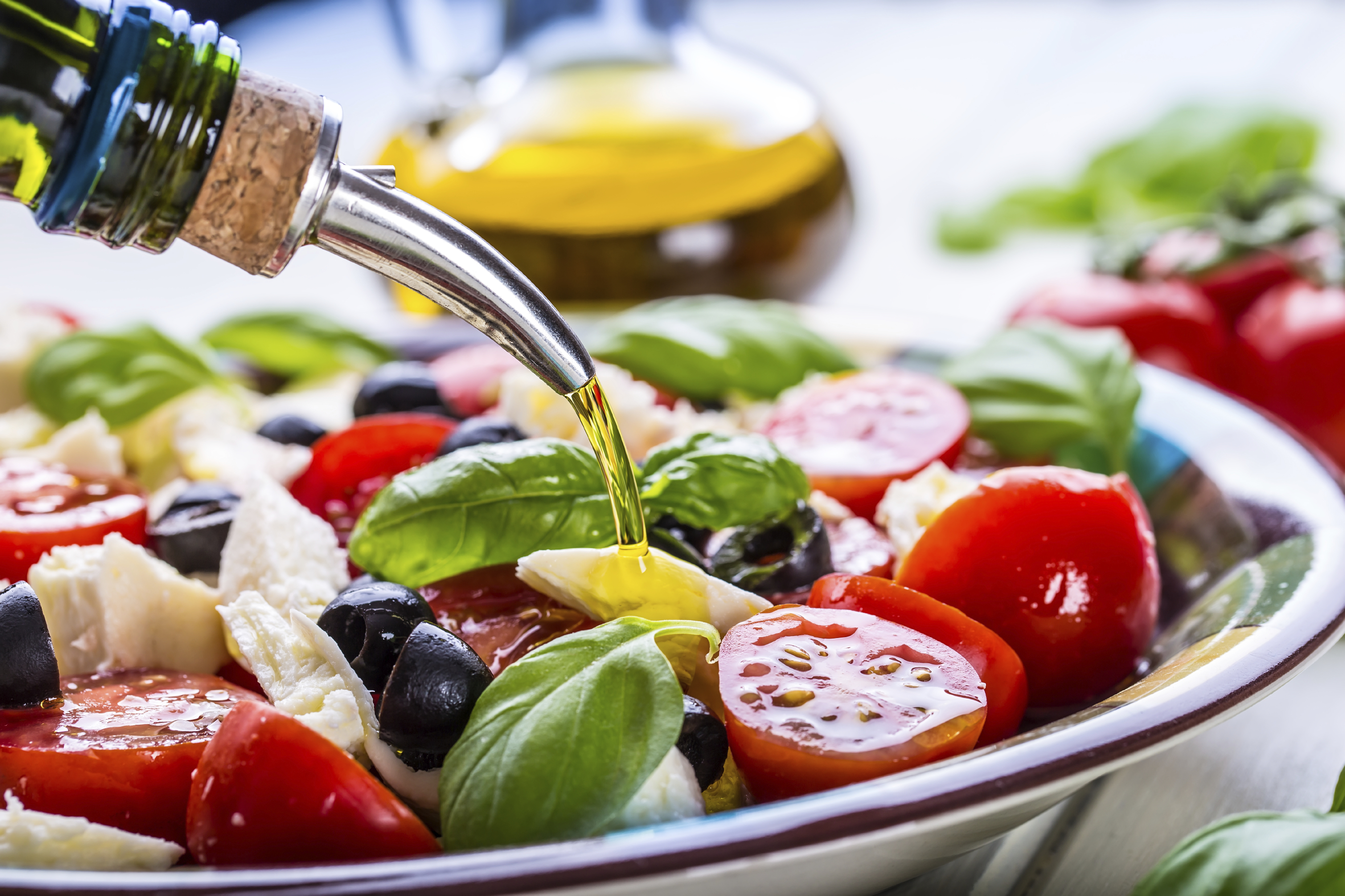 Mediterranean Diet Works Better For Wealthy People, Study