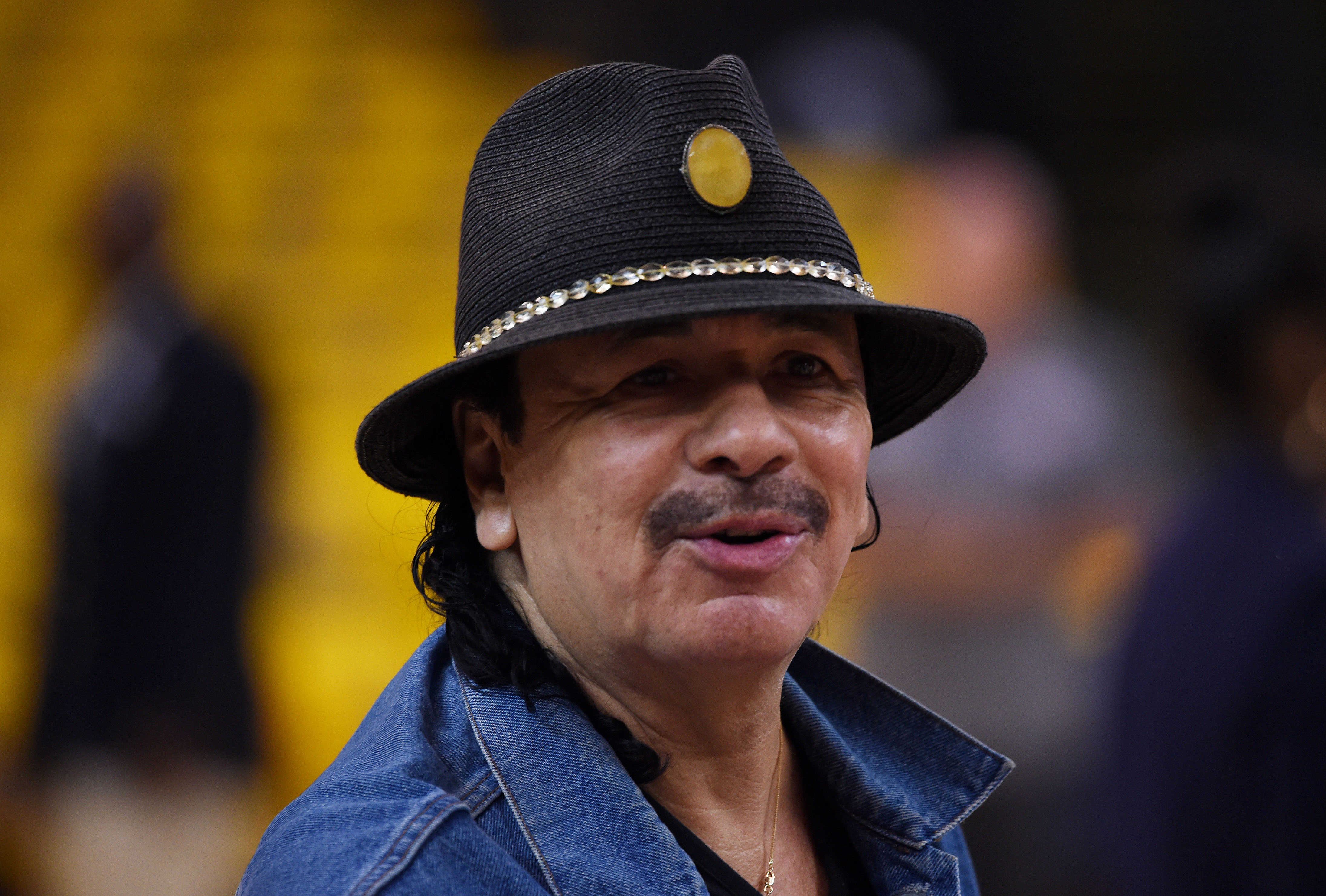 Cleveland Cavaliers News >> Carlos Santana victim of death hoax - CBS News