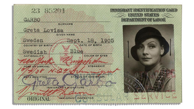 greta-garbo-immigration-card-620.jpg