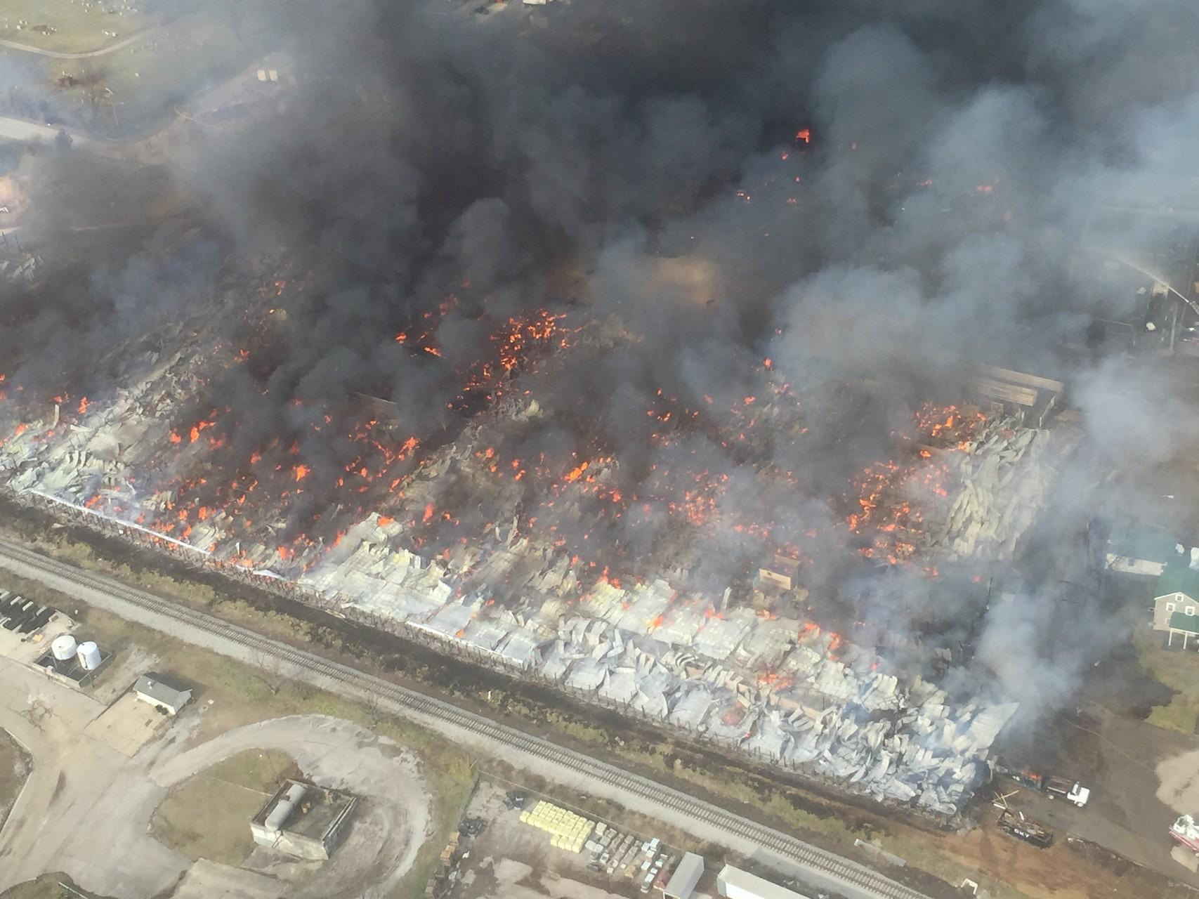 Massive fire destroys Blue Grass Stockyards in Lexington