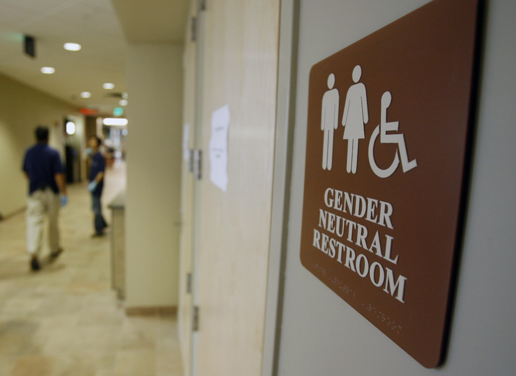 Going to the bathroom at school - Cbs Nyt Poll Americans Divided Over Transgender Bathroom Laws Scotus Nomination Cbs News