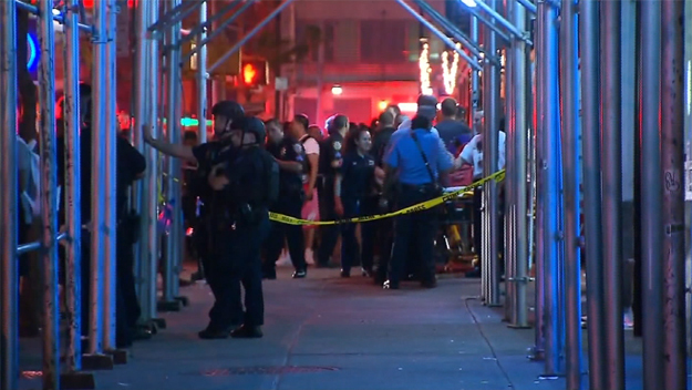 NYC rapper arrested in deadly shooting at T I  concert - CBS