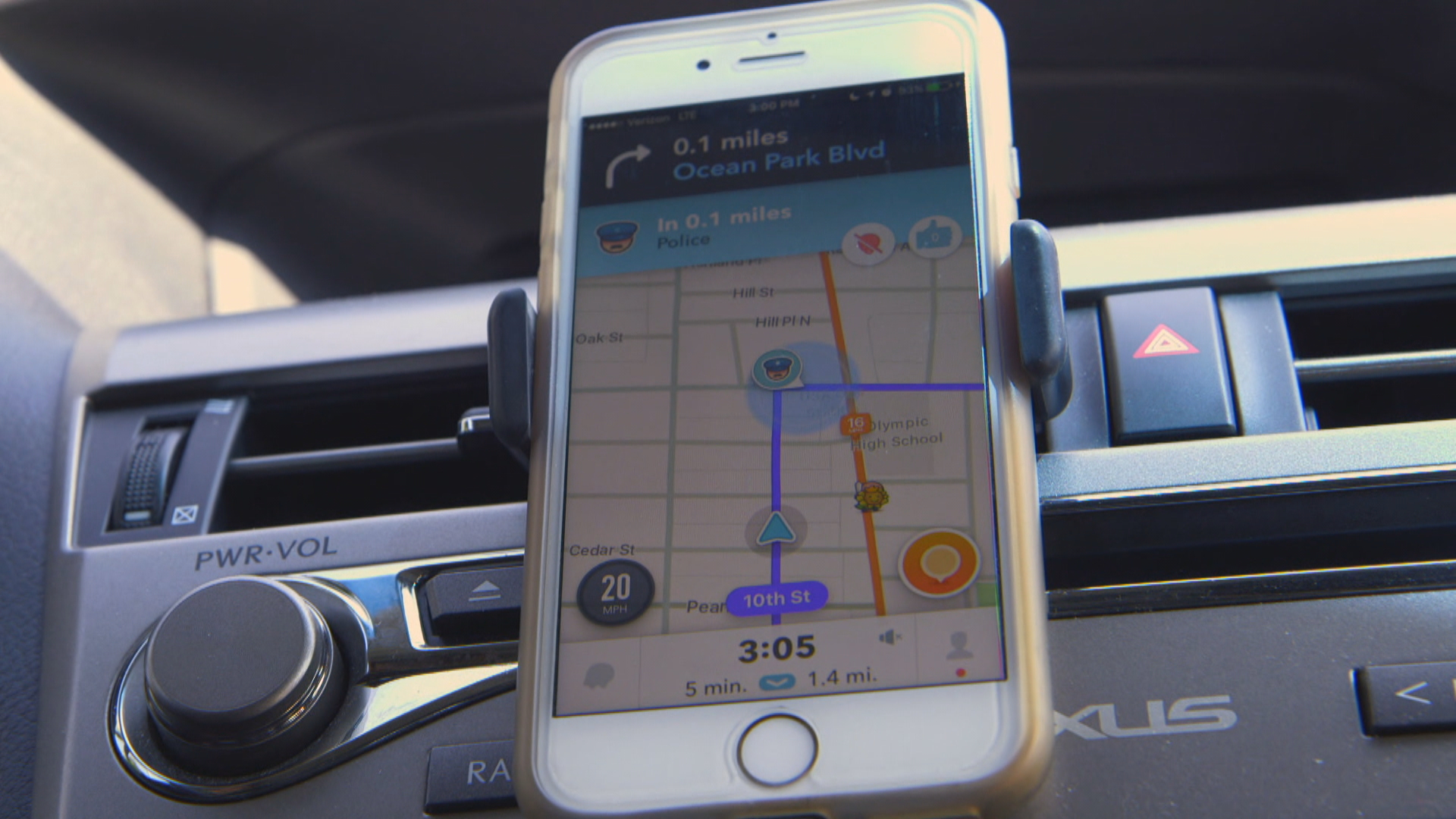 Your commute could now get a bit longer with the Waze app - CBS News
