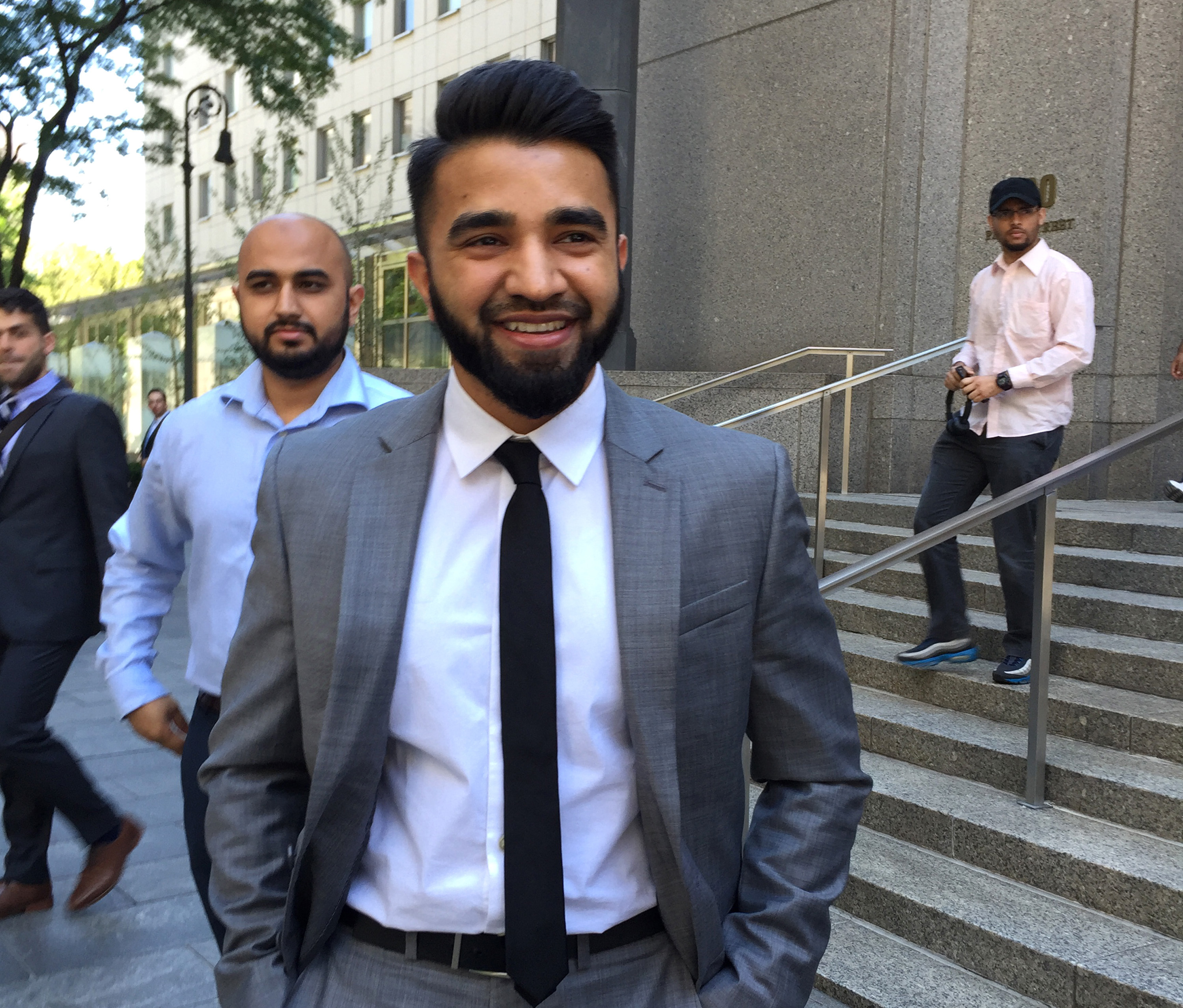 Judge to NYPD: Pay Muslim officer who sued over beard length