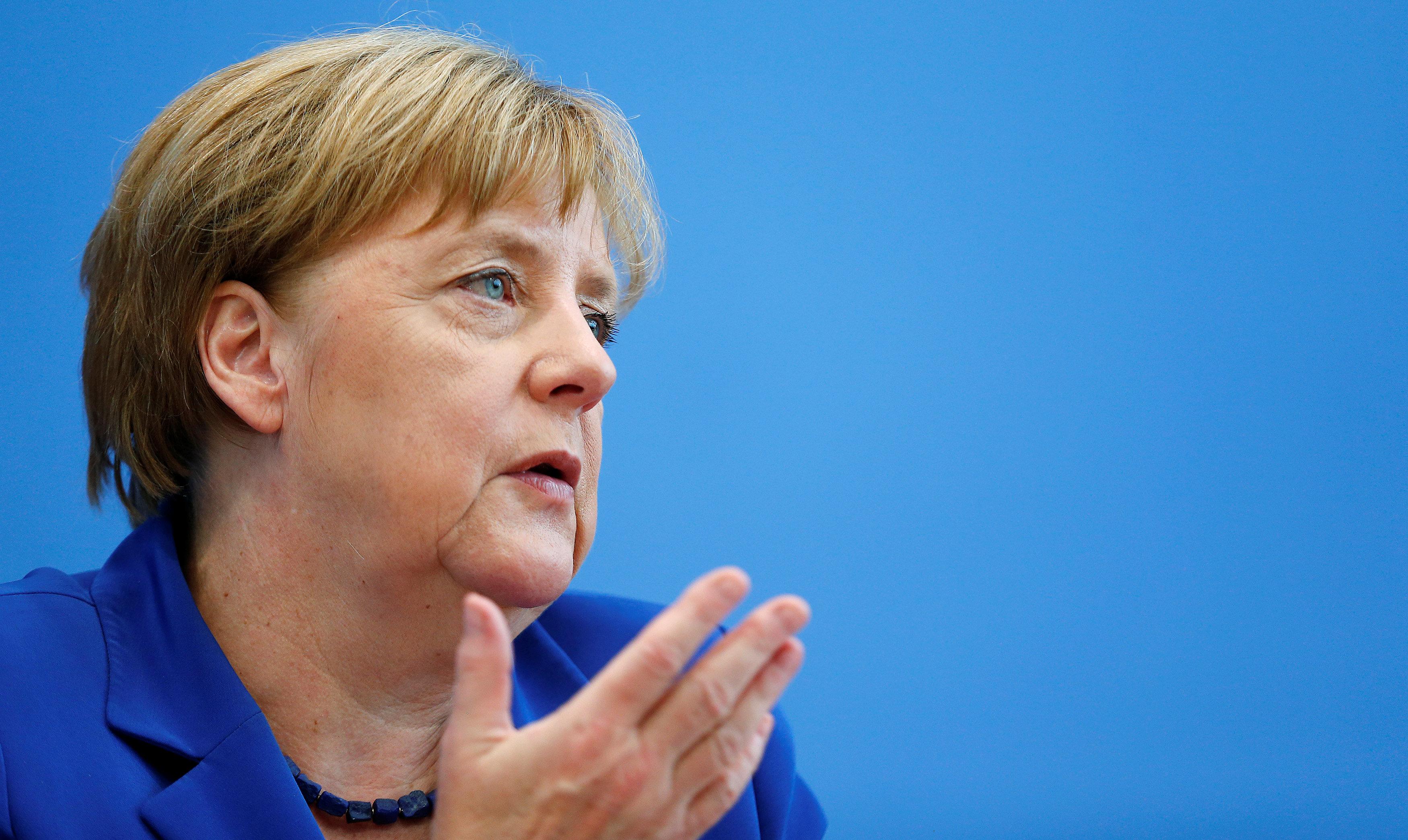 Angela Merkel To Seek Fourth Term As Germany S Chancellor Cbs News