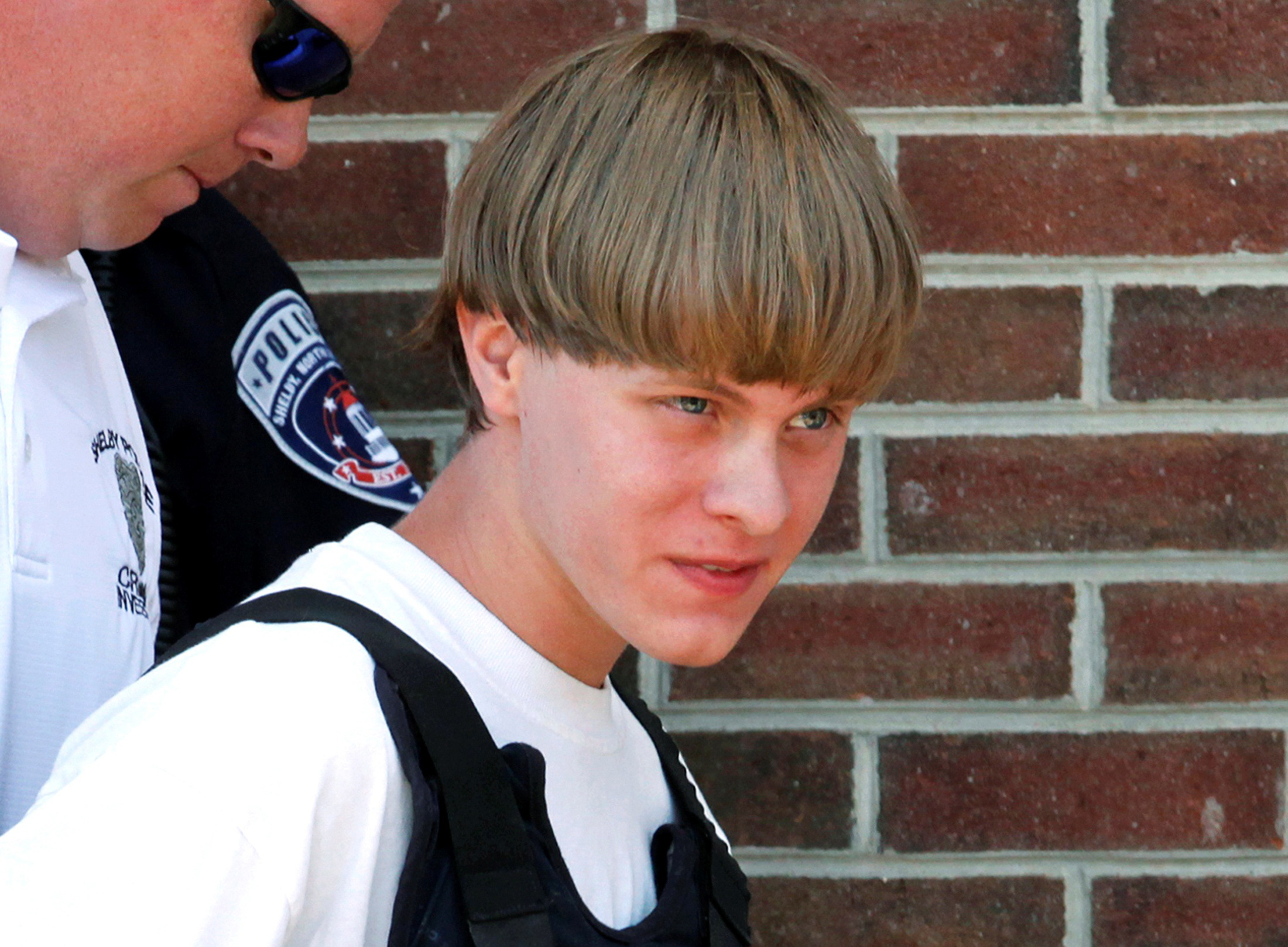 Dylann Roof Attacked In South Carolina Jail Shower Cbs News