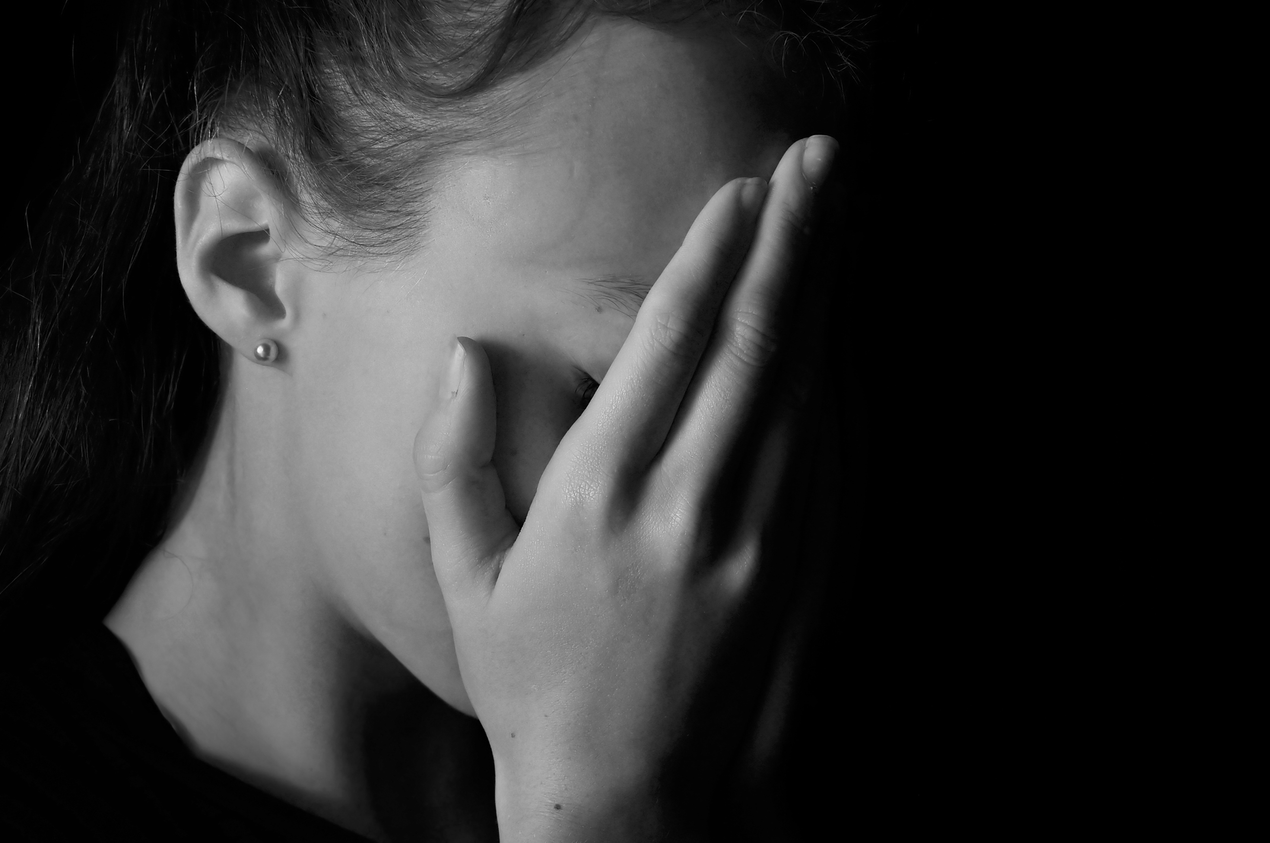 Depression Strikes Millions Of Teens >> Depression Rising Among Teens But Why More In Girls Cbs News