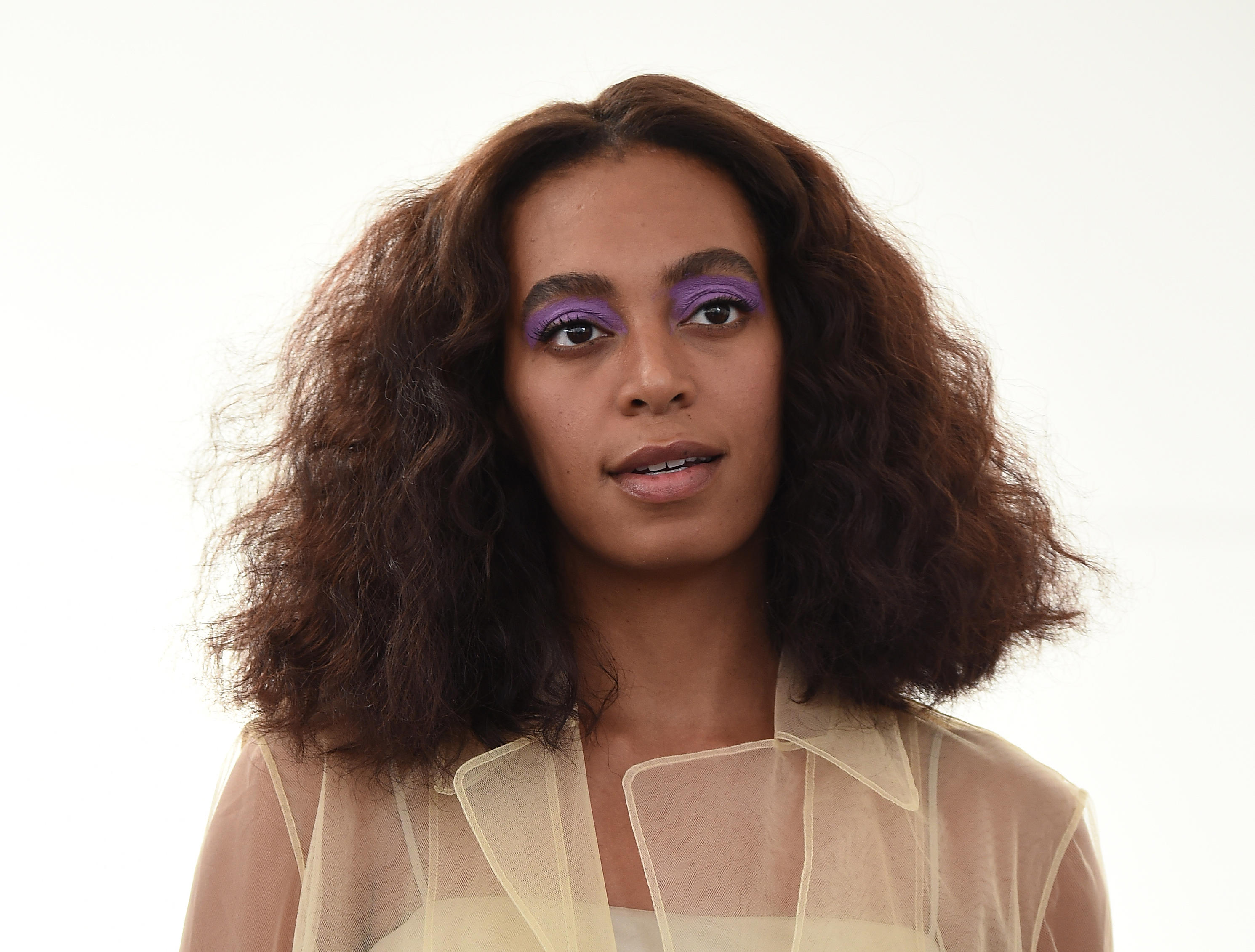 Solange Knowles Releases Two New Music Videos: Solange Knowles New Wedding Ring At Reisefeber.org
